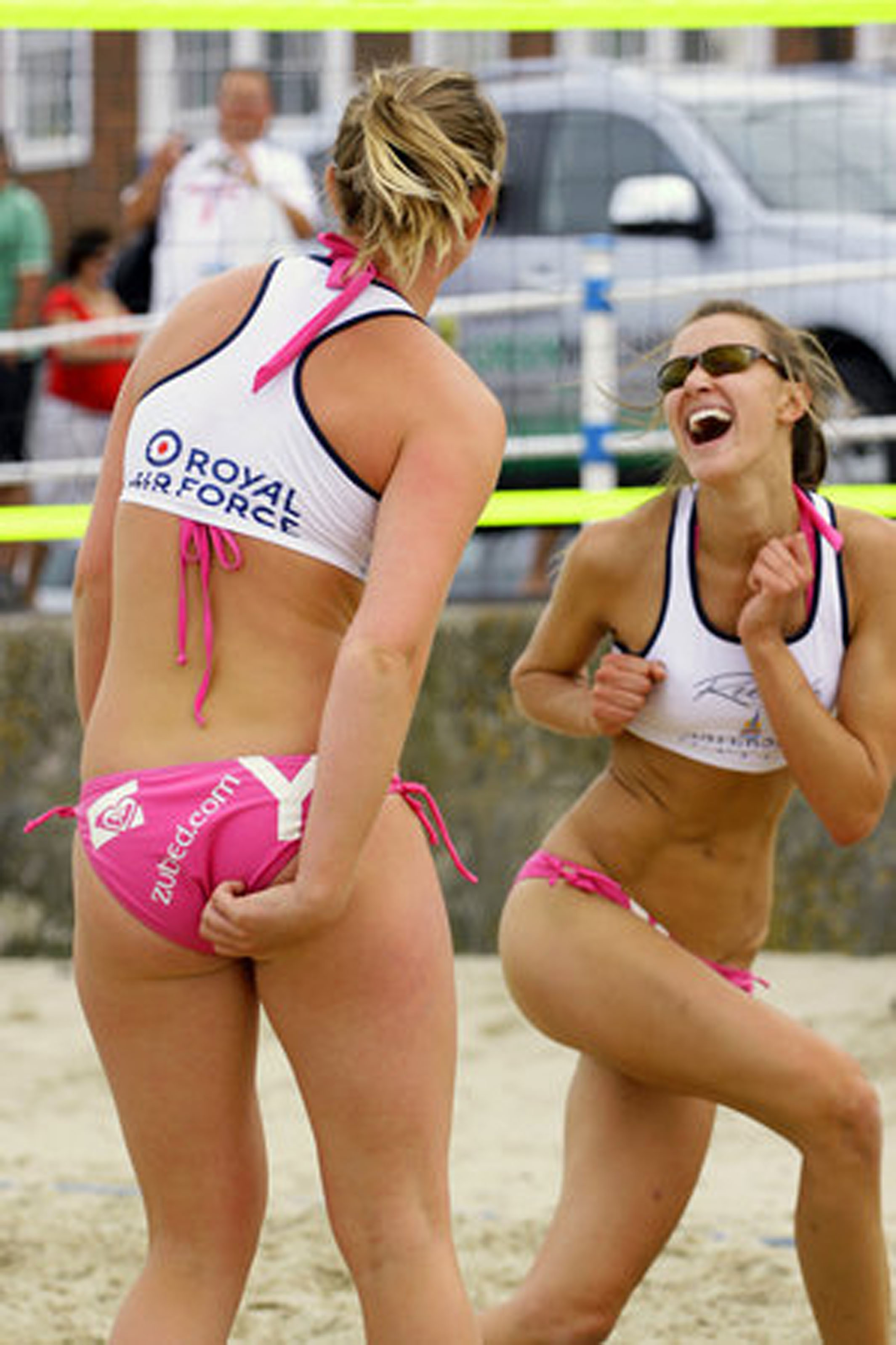 sexy female athletes with big butts