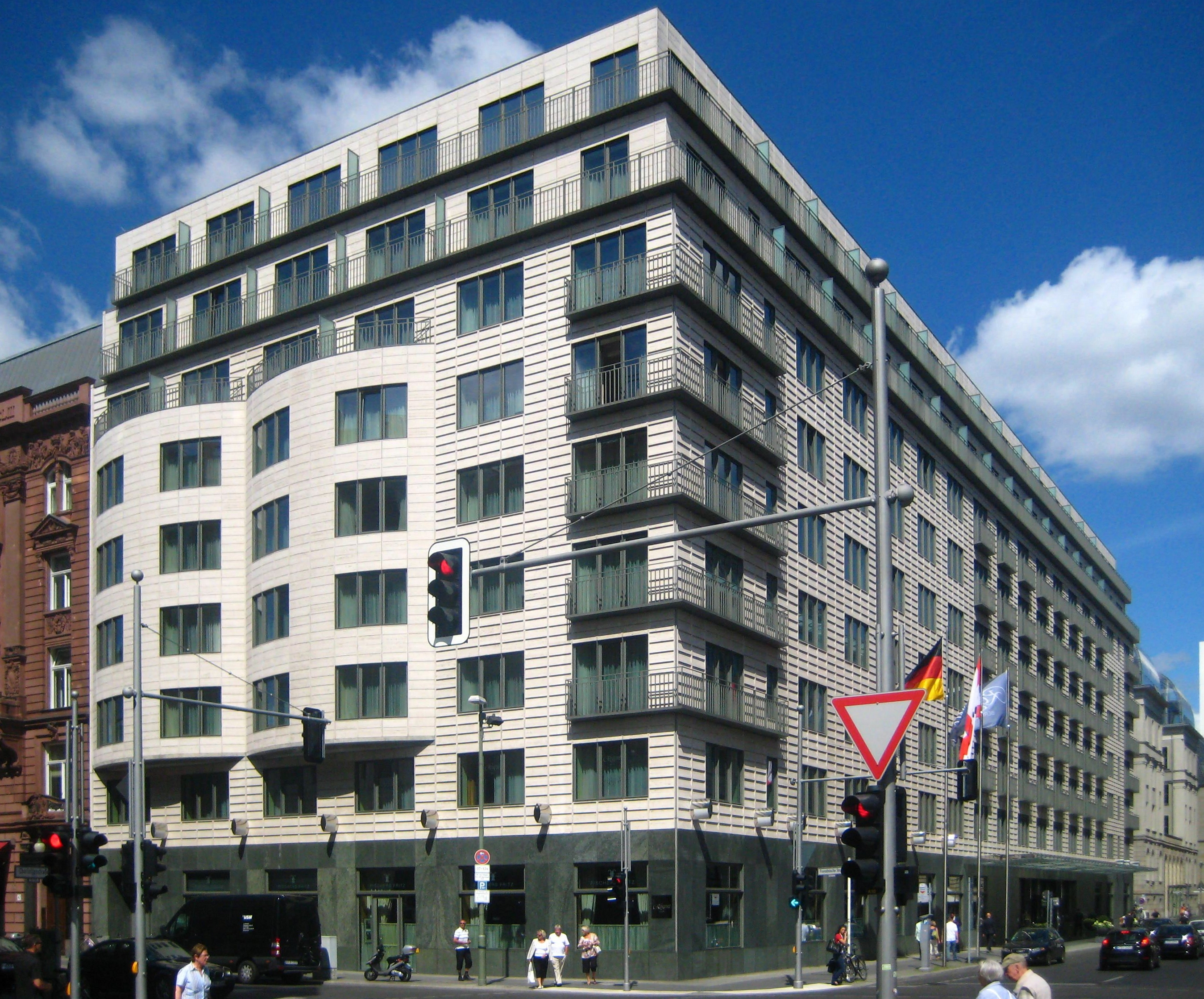 Hotels Berlin In Der Nahe Gneisenaustra Ef Bf Bde