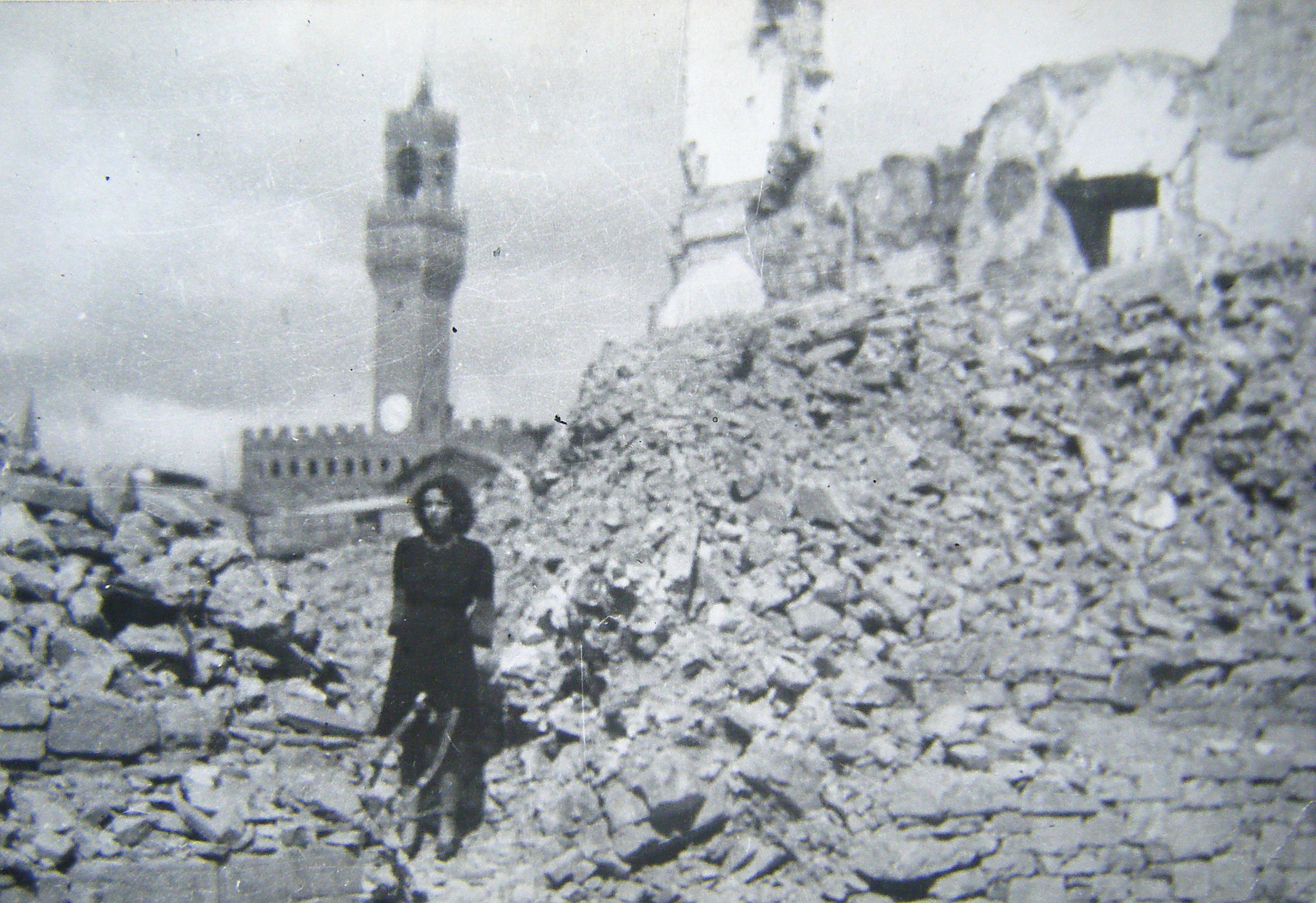 Borgo SJacopo 1944.jpg