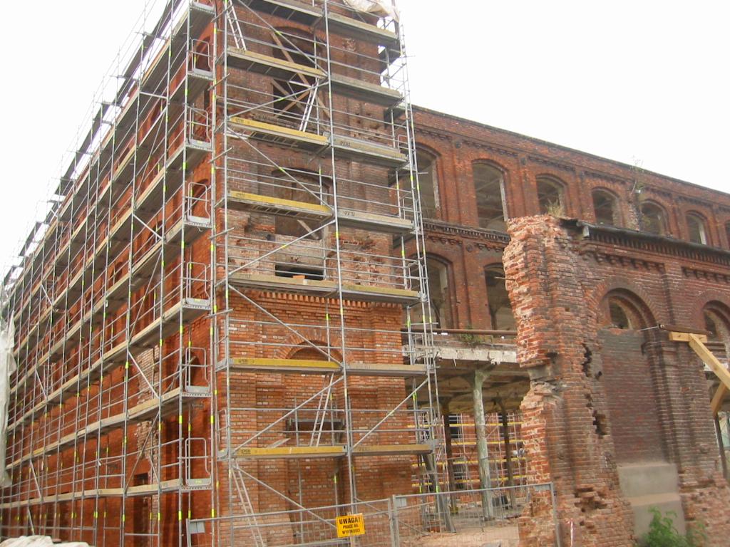 Ponteggio wikipedia for Piani di casa storici