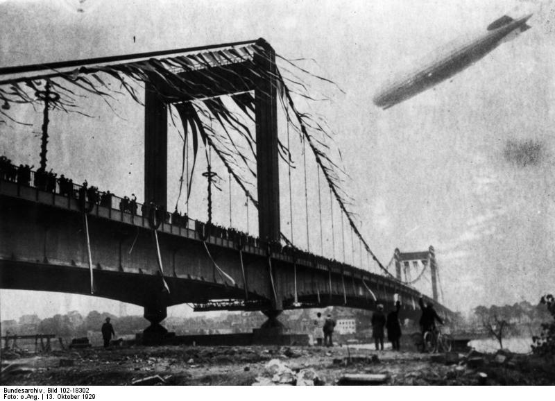 Bundesarchiv Bild 102-18302, Köln-Mülheim, Rheinbrücke, Einweihung.jpg