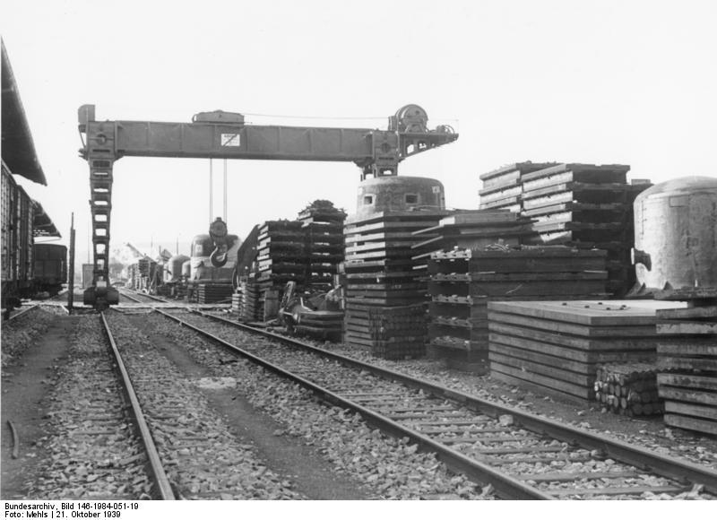 File:Bundesarchiv Bild 146-1984-051-19, Westwall, Festungsbau Pionierpark.jpg