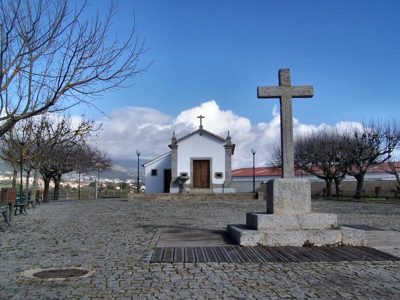 Image:Capela da Nossa Senhora das Necessidades, Alcaria.jpg