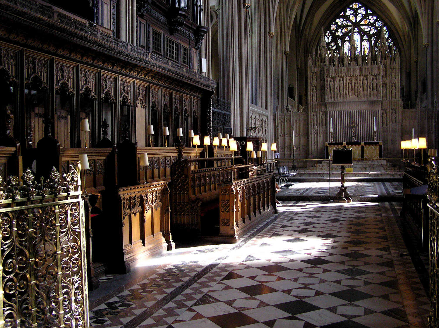 File:Cathedral.architecture.bristol.arp.jpg - Wikipedia, the free ...