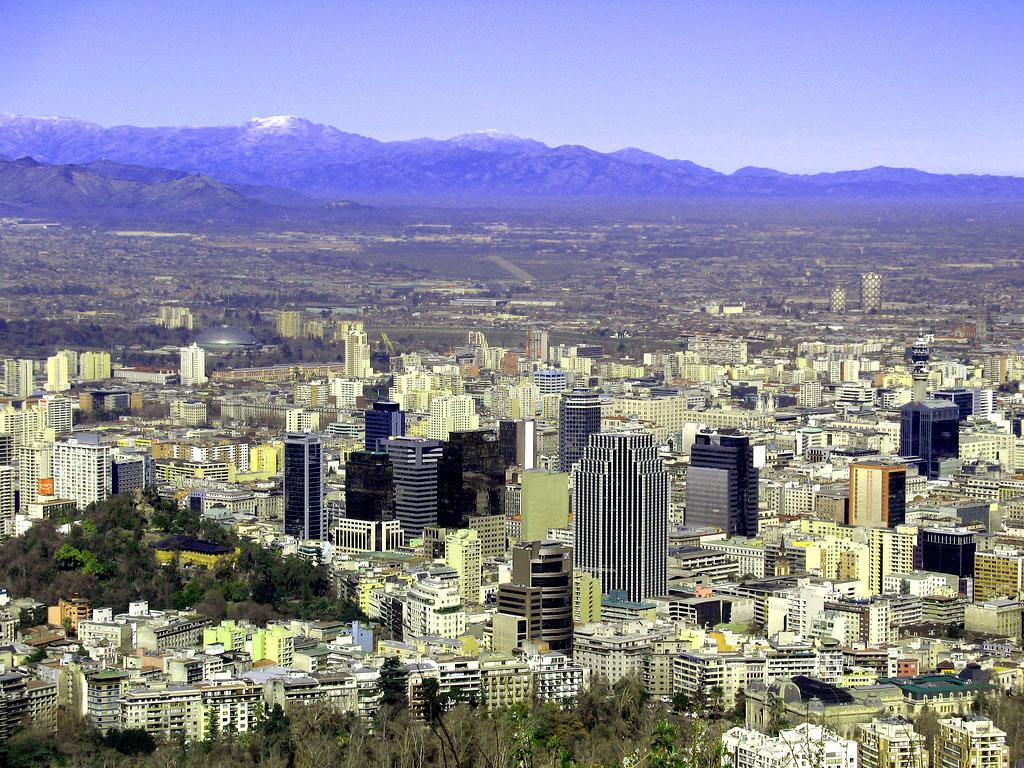 Description Centre-ville Santiago.jpg: commons.wikimedia.org/wiki/File:Centre-ville_Santiago.jpg