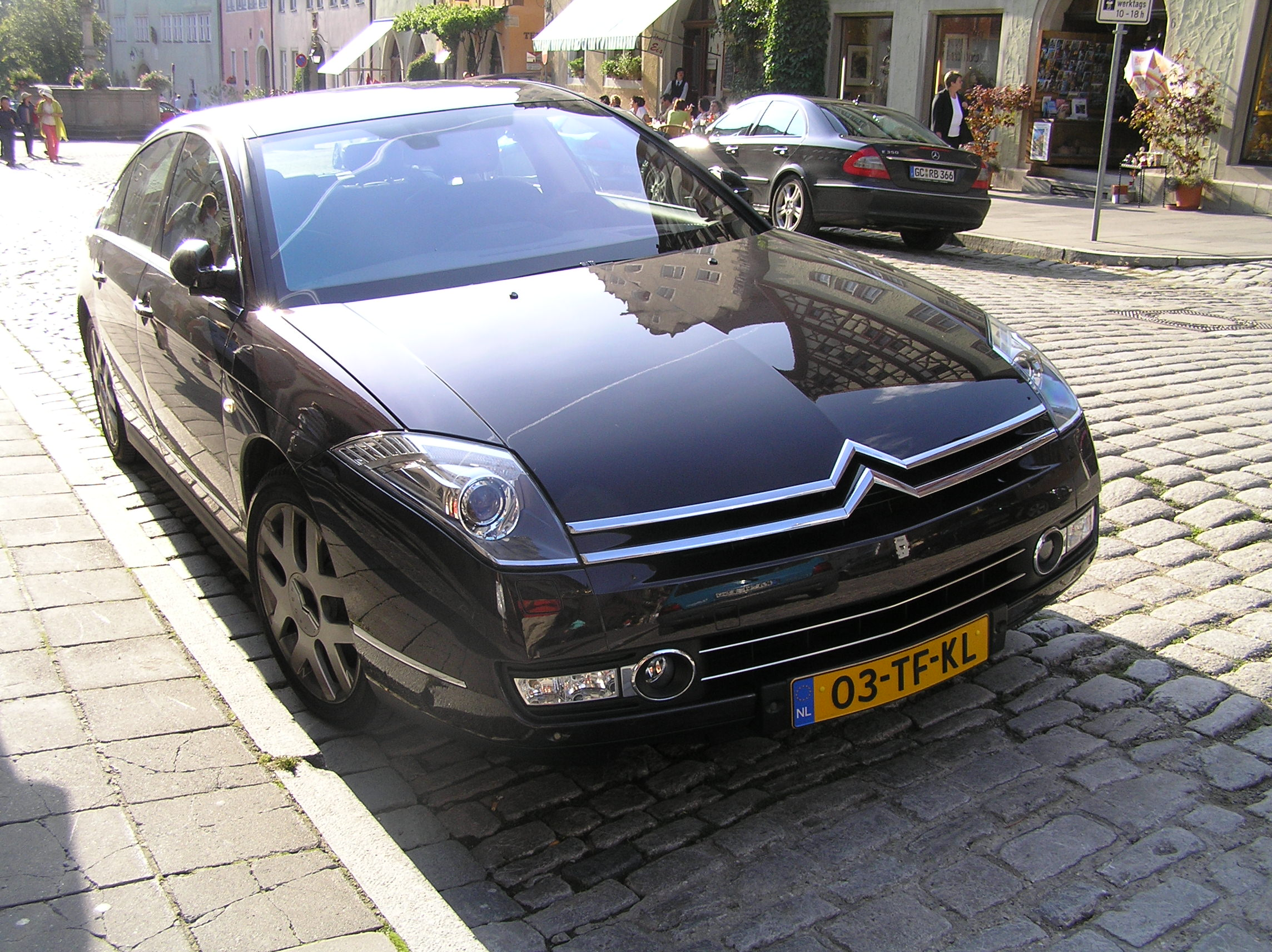Citroen C6 Top Speed Pictures
