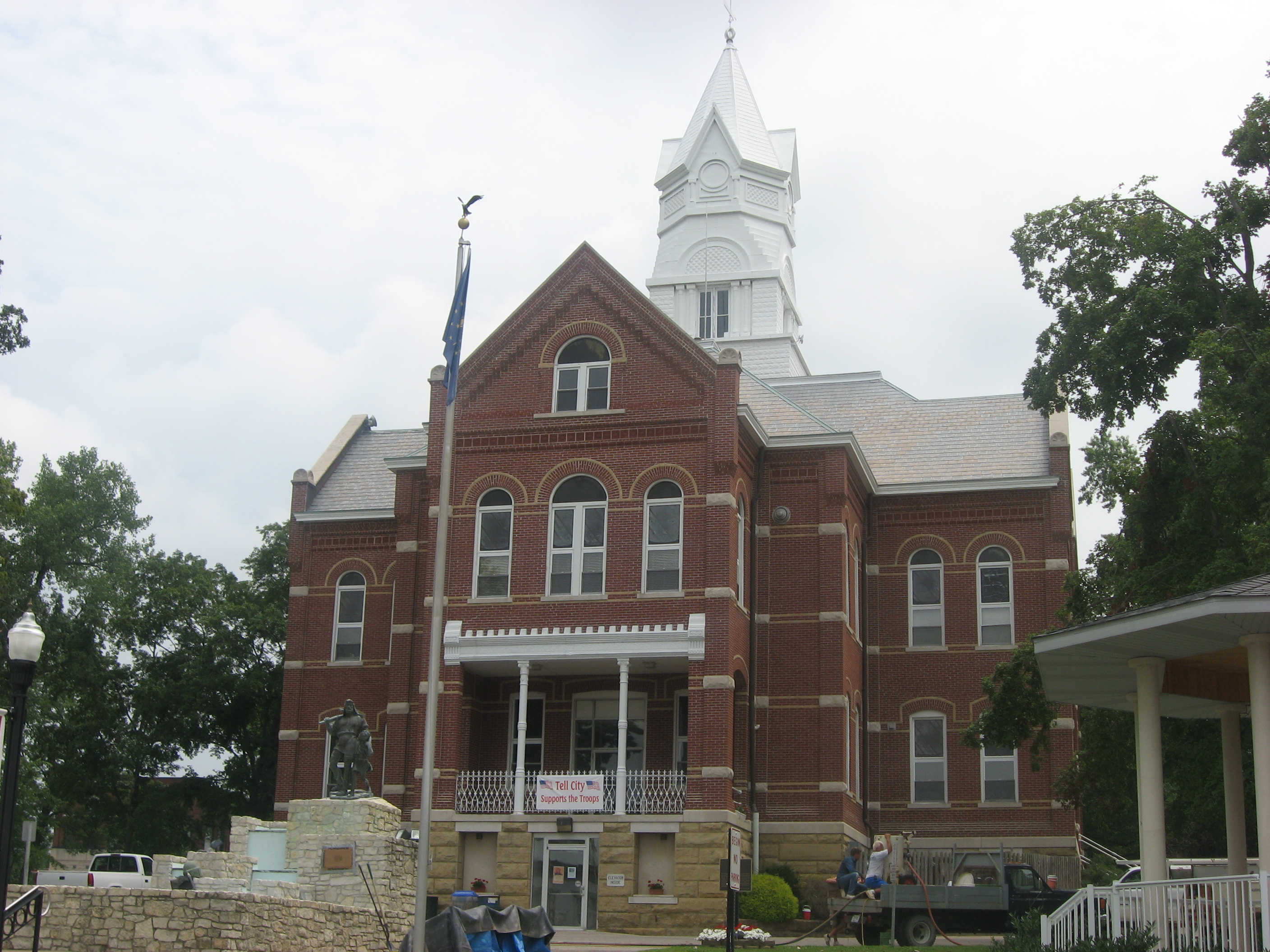 Tell City Indiana >> File City Hall In Tell City Jpg Wikimedia Commons
