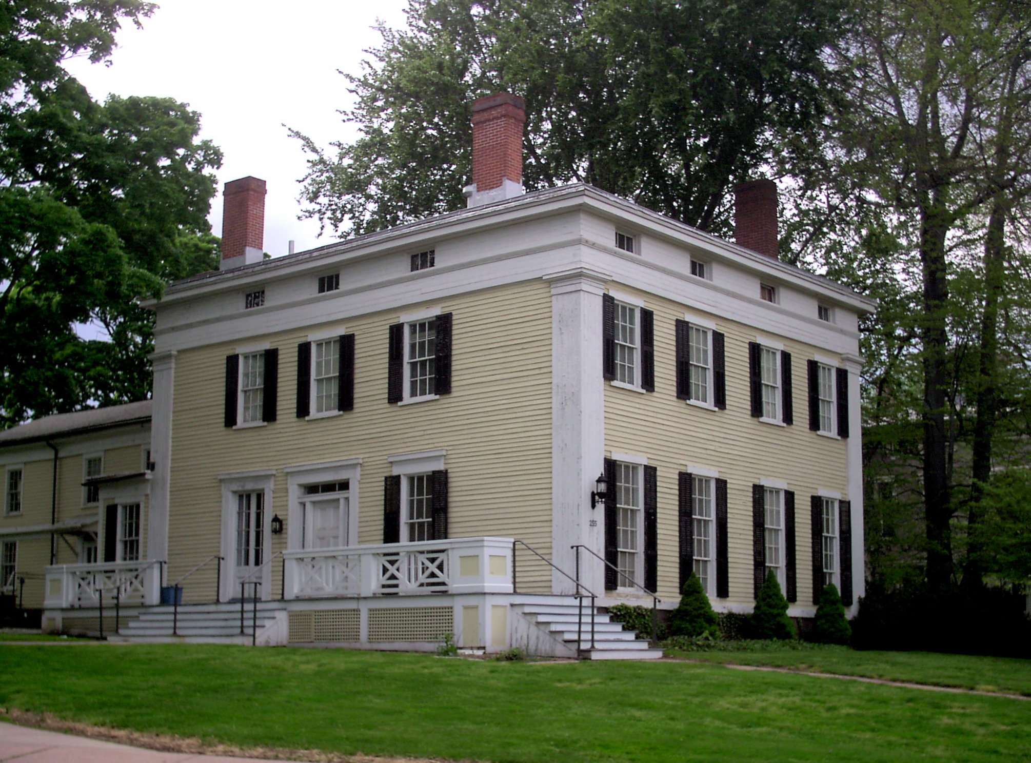 File first president 39 s house 1838 jpg wikimedia commons for What is a shouse house
