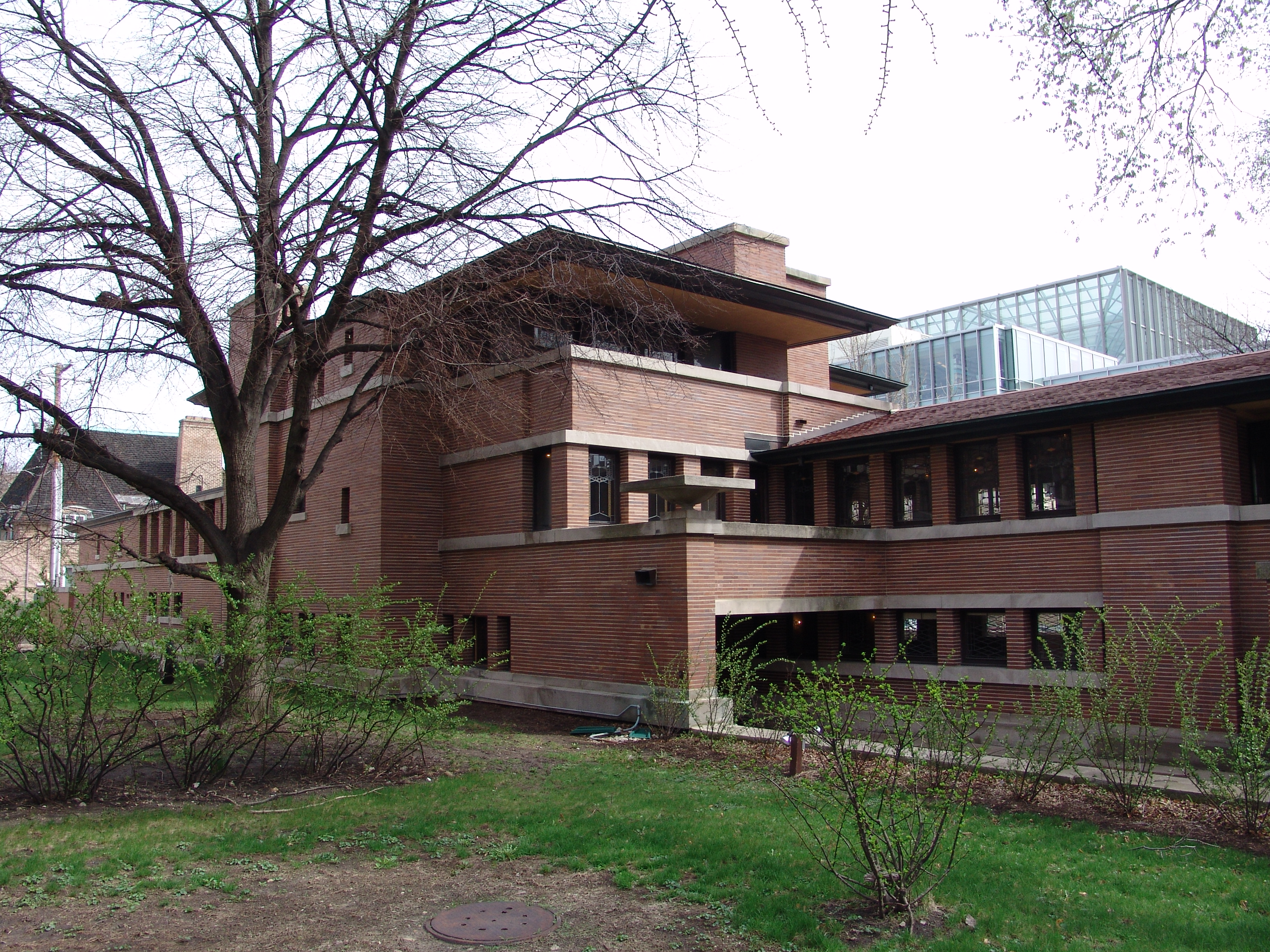 File frank lloyd wright robie house 7 jpg wikipedia for Frank lloyd wright piani per la casa