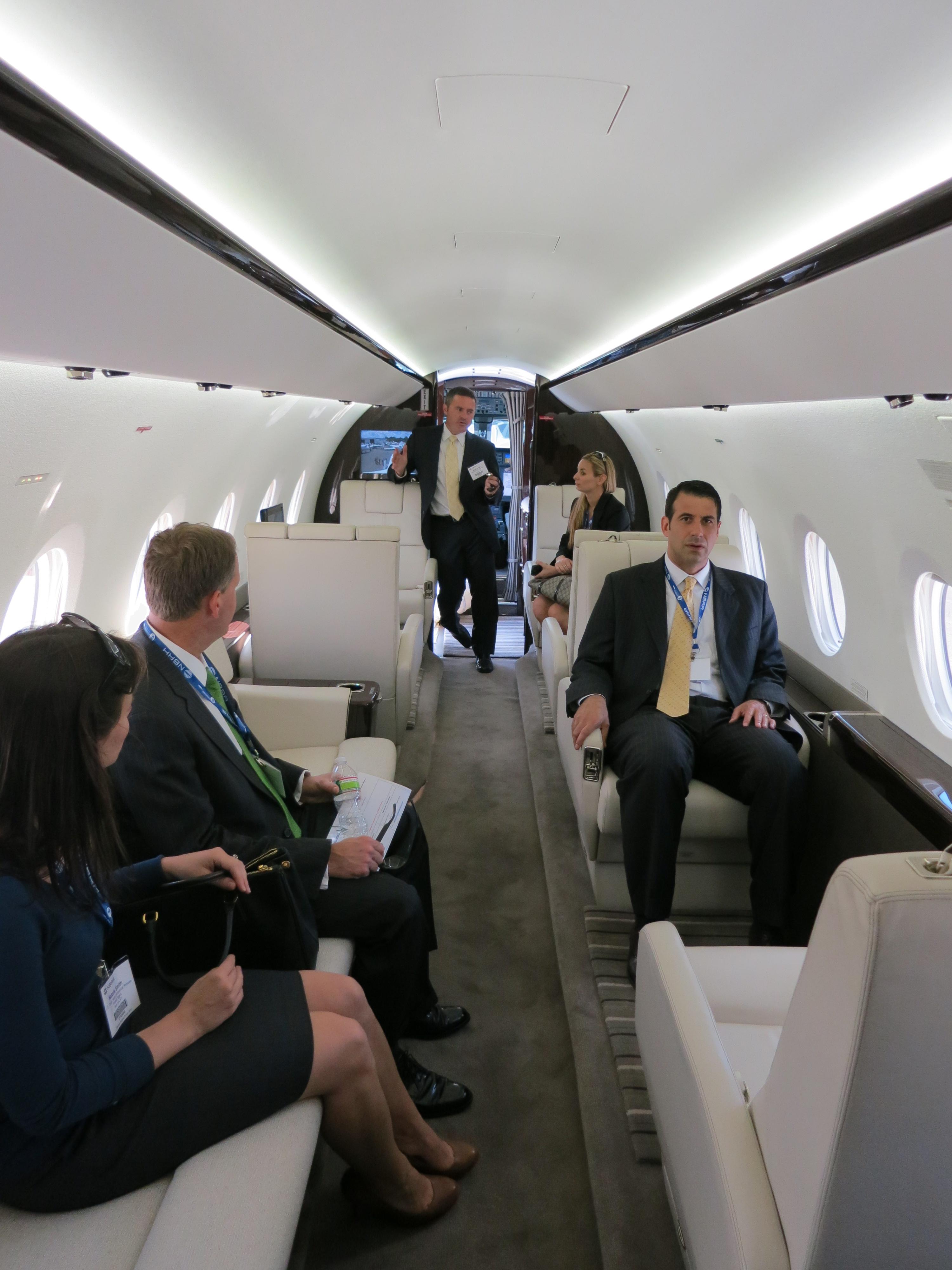 File Gulfstream G280 Cabin With Passengers Jpg Wikimedia
