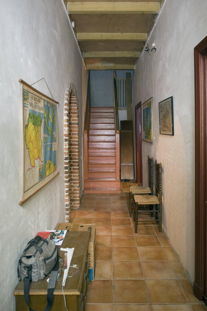 File interieur boerderij overzicht gang tussen keuken en for Boerderij interieur