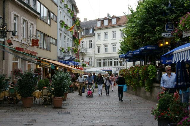 File:Jesuitenplatz, Baden Baden - geo-en.hlipp.de - 12884.jpg