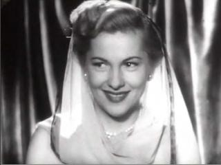 http://upload.wikimedia.org/wikipedia/commons/b/b6/Joan_Fontaine_in_Born_To_Be_Bad_trailer_2.JPG