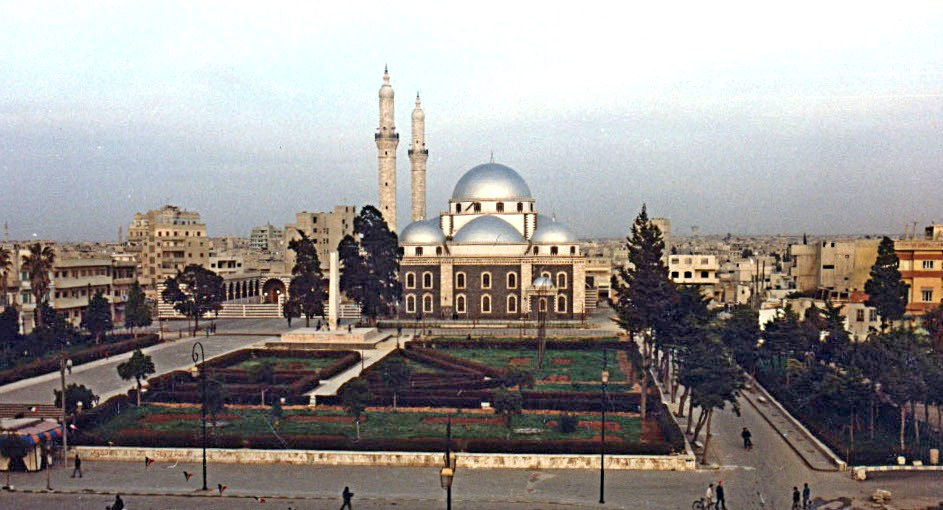 http://upload.wikimedia.org/wikipedia/commons/b/b6/Khaled_Ebn_El-Walid_Mosque3.jpg?uselang=ru
