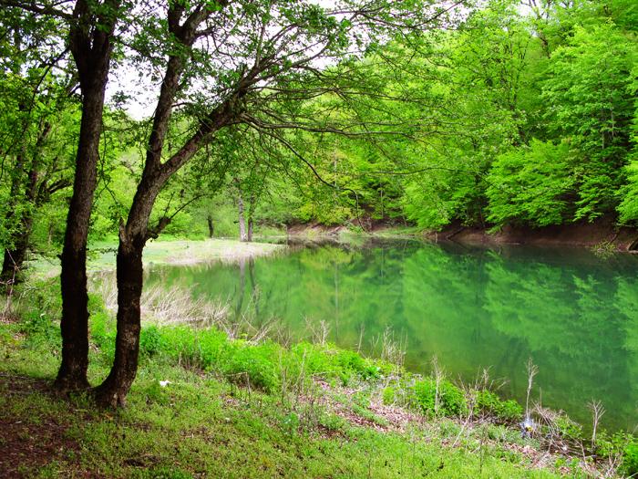 Lake_mian_sheh.jpg