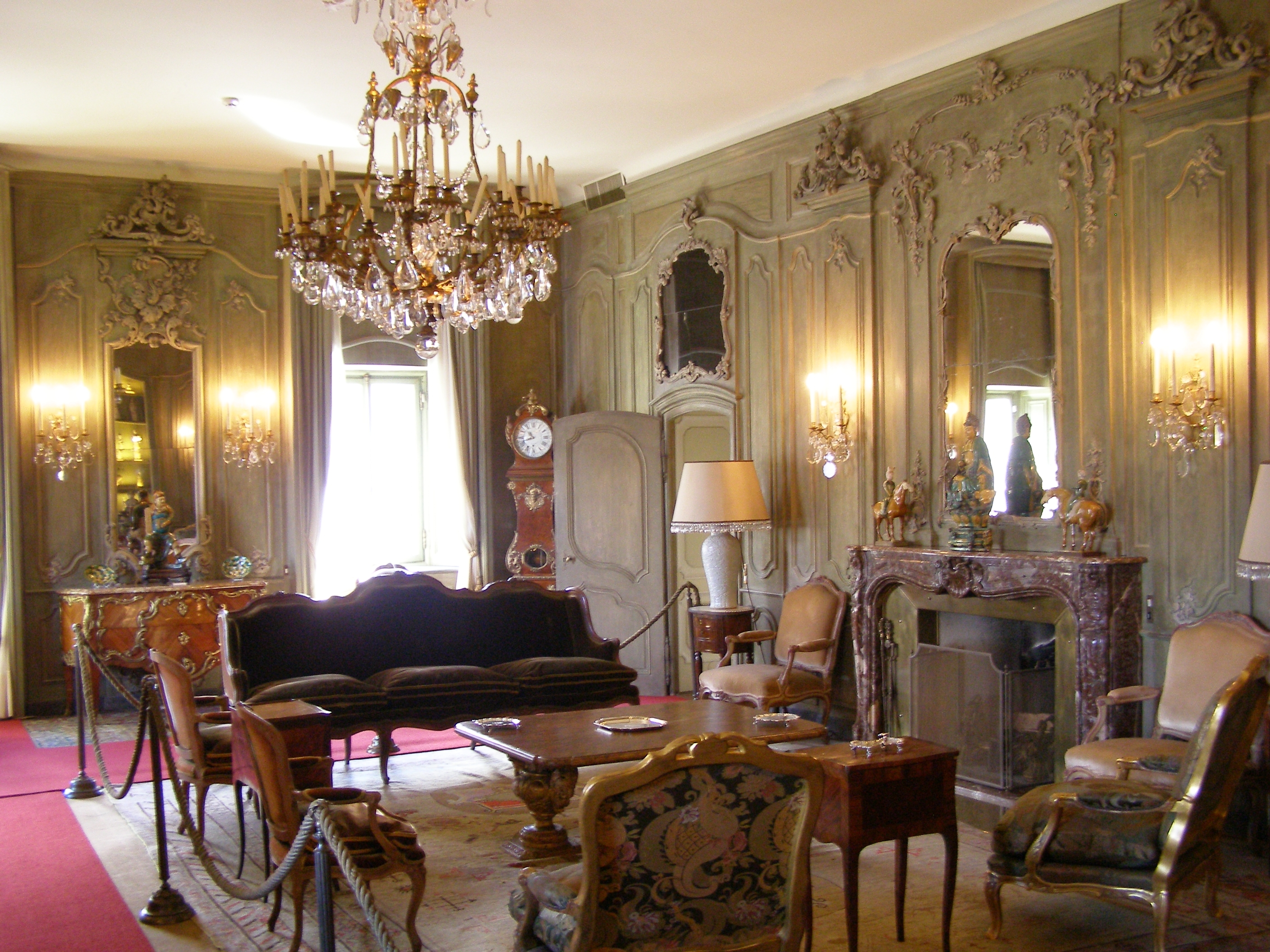 File lenno villa balbianello wnetrze wikimedia commons for Victorian villa interior design
