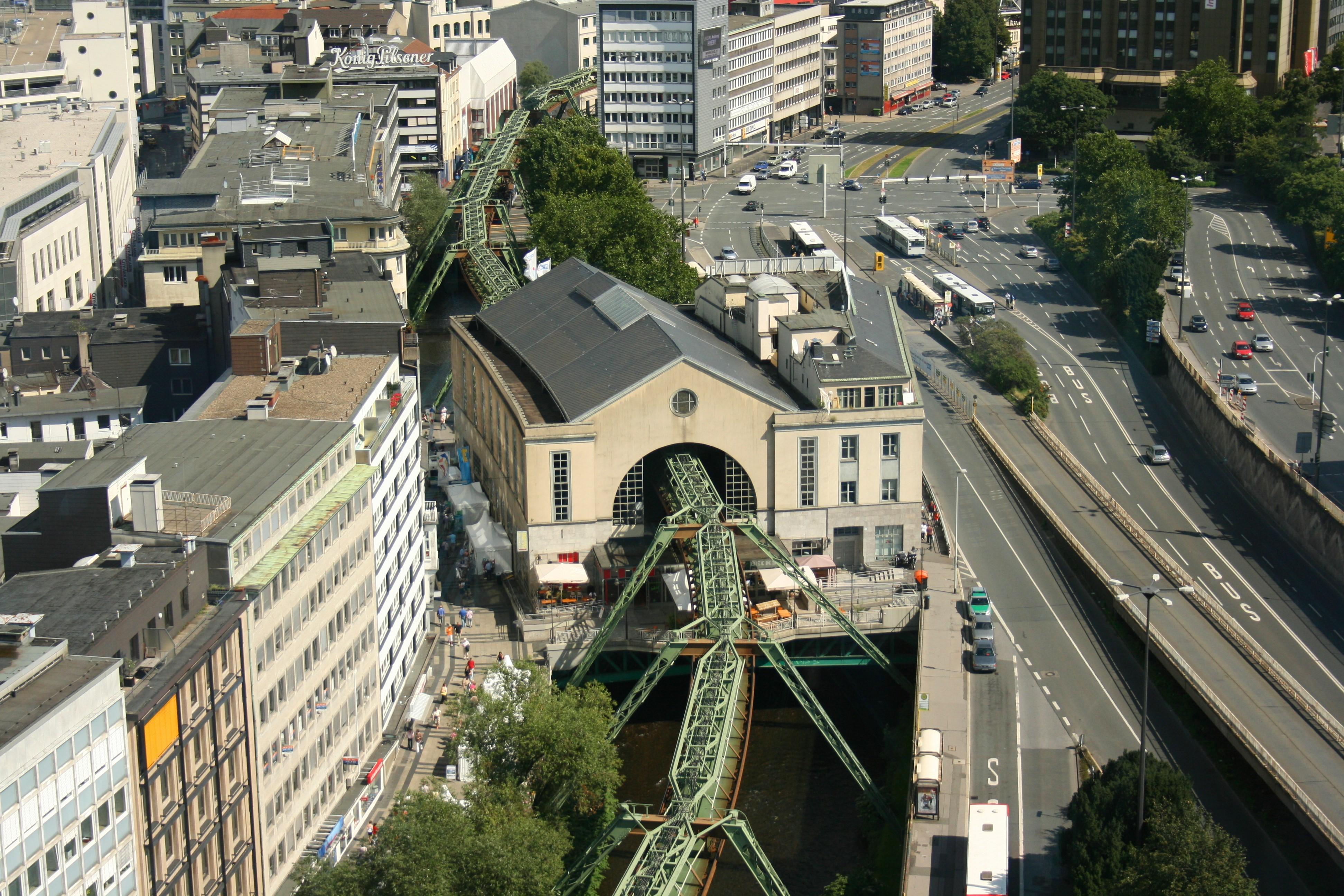 NRWTag W Sparkassenturm 03 ies.jpg