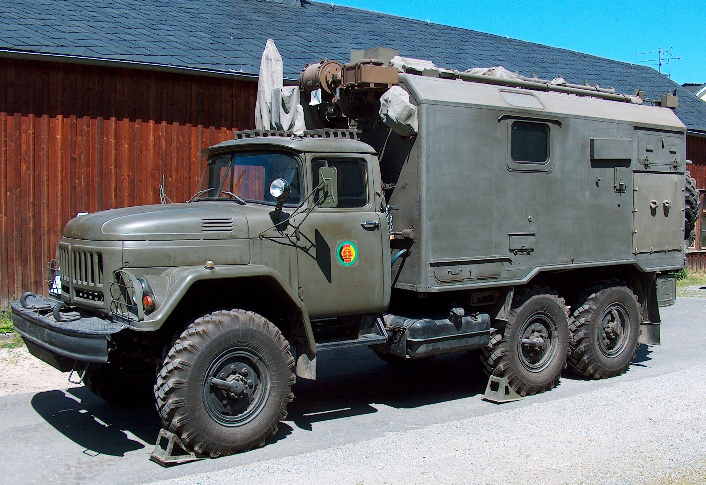 NVA ZiL-131