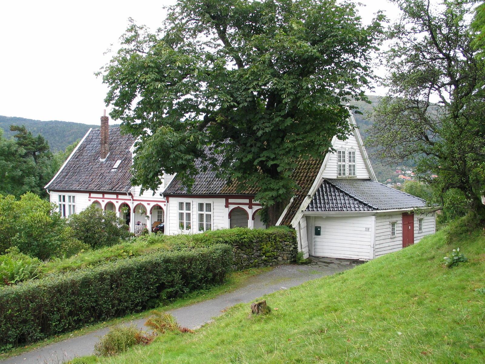 File Old farmhouse in Bergen Norway JPG