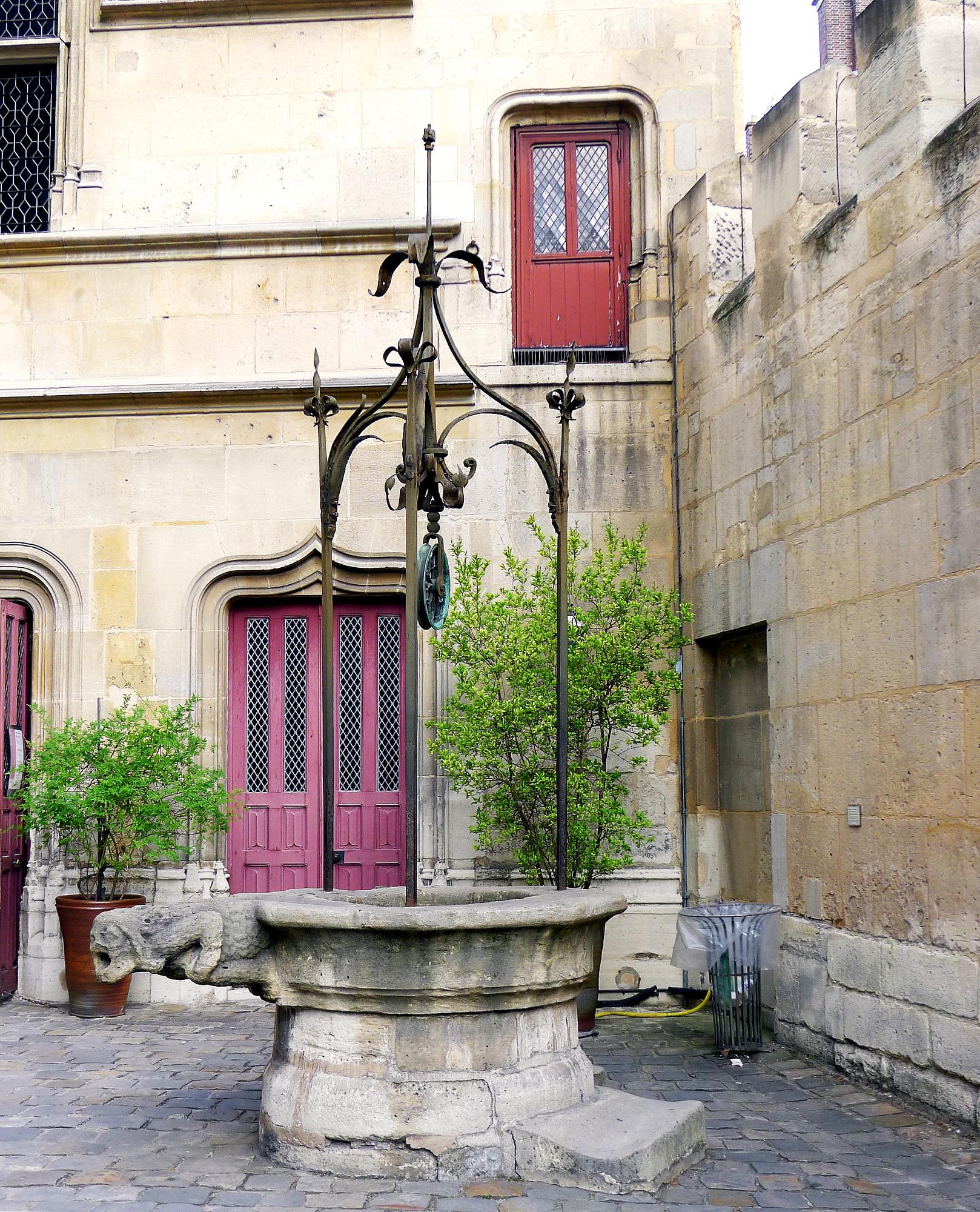 Rue Du Puits De La Ville  Chauray