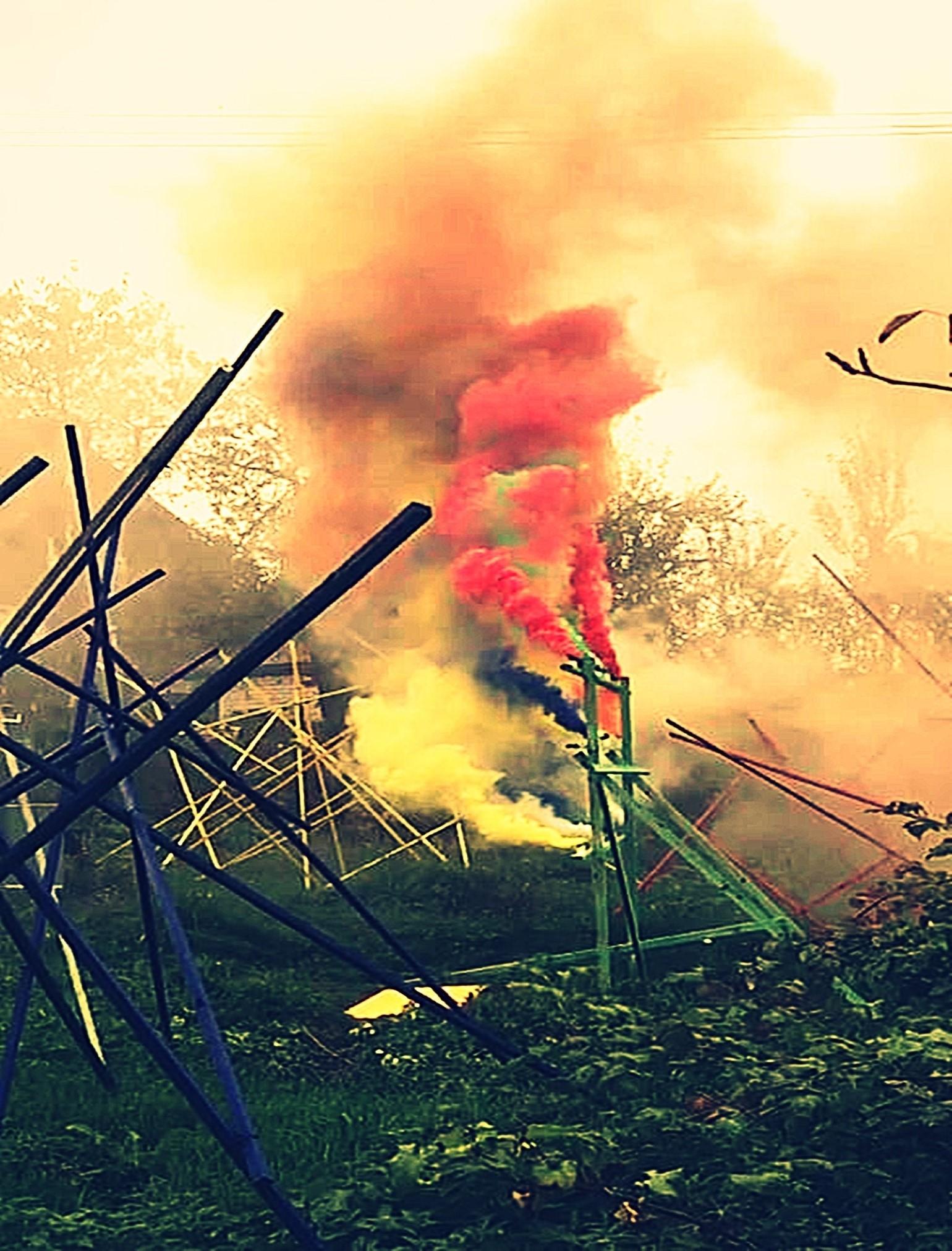 File:Pedro Meier Rauch Performance »Apocalypse Now« 2017, Color