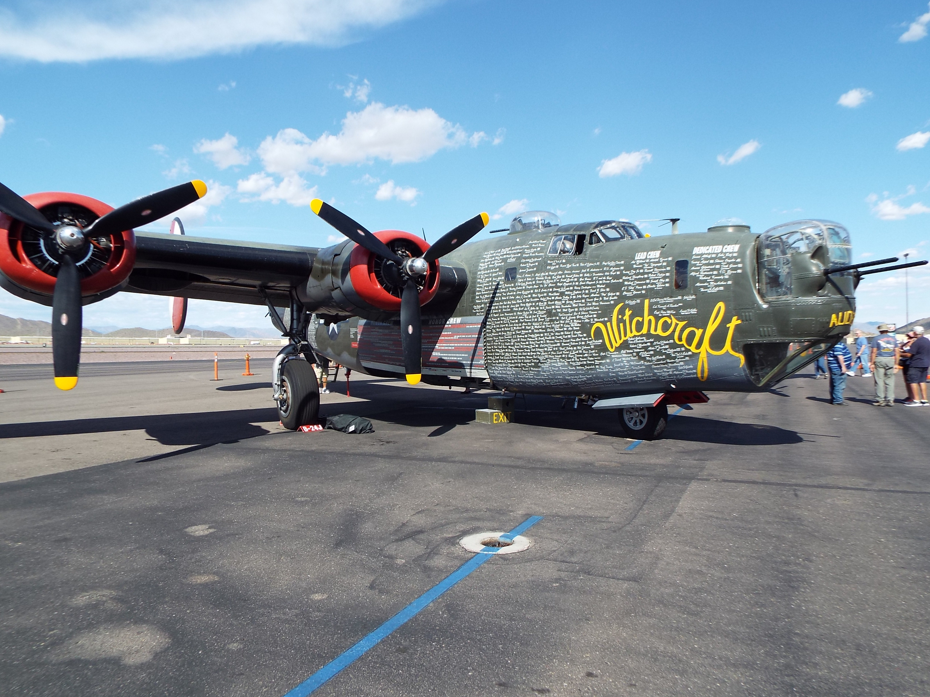 Phoenix deer valley airport wikipedia b 24 j liberator pooptronica Image collections