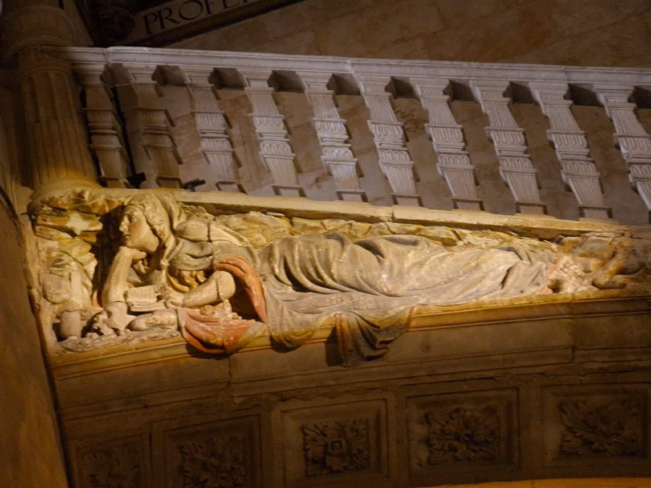 File:Salamanca - Convento de San Esteban, Escalera de Soto, relieve de María  Magdalena.jpg - Wikimedia Commons