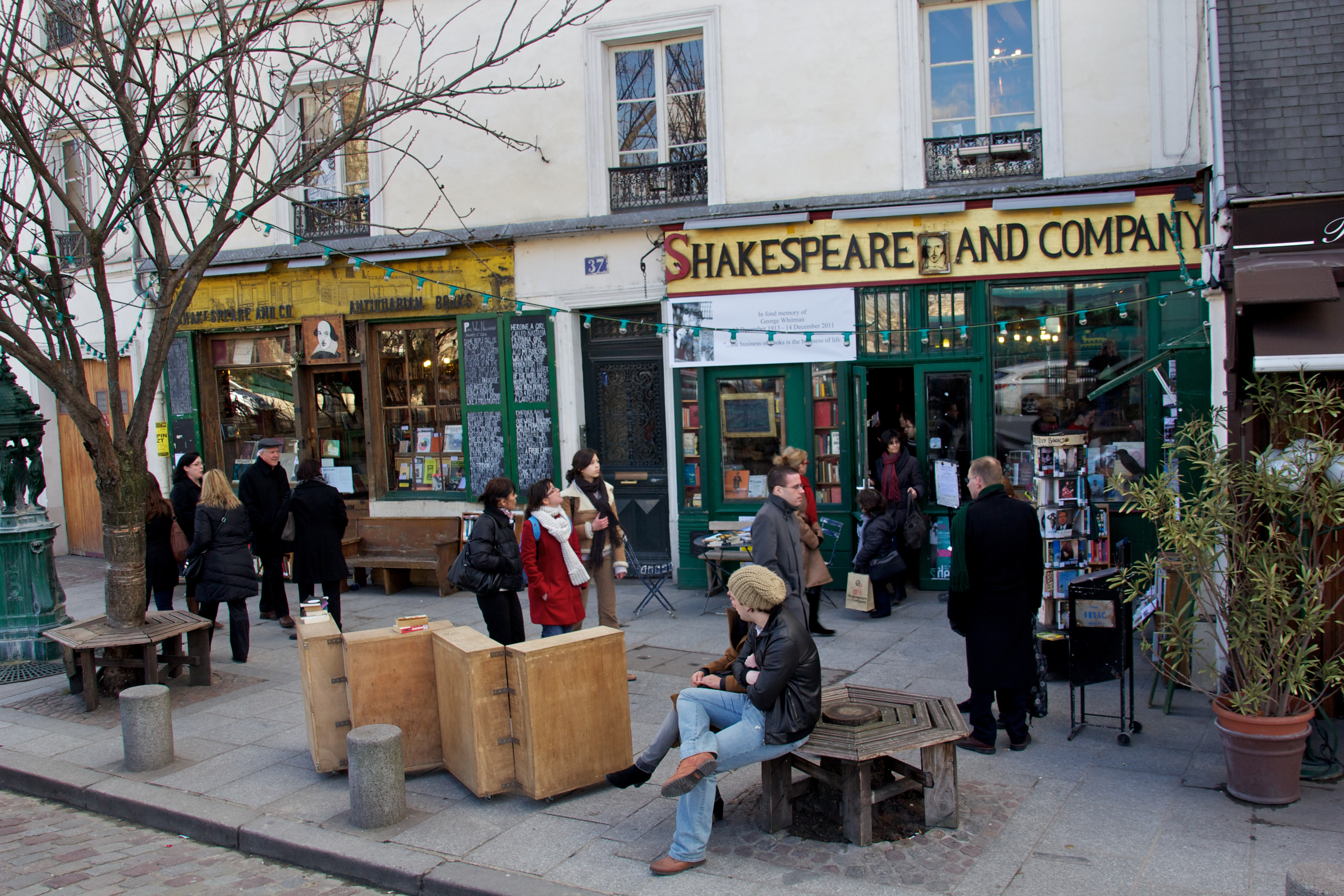 Cafe Before Sunset Paris