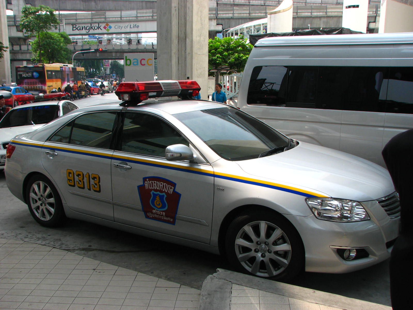 File:Thailand Police Highway Patrol Toyota Camry VVTi - Flickr