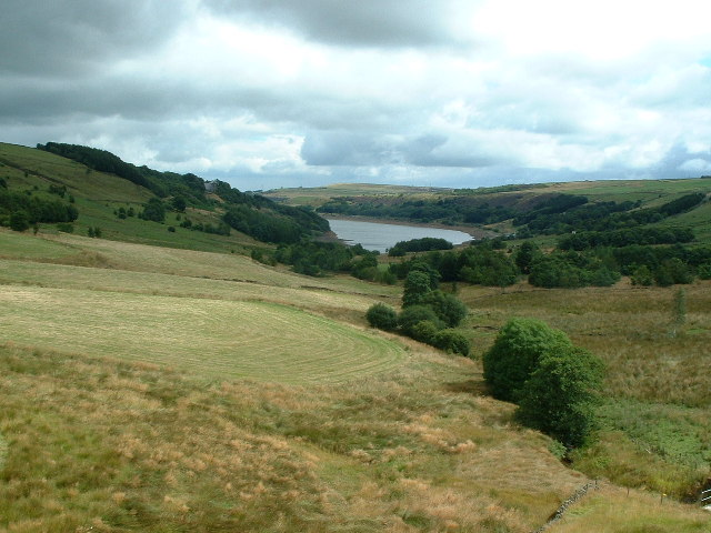 The southern end of Scammonden Water - geograph.org.uk - 81763