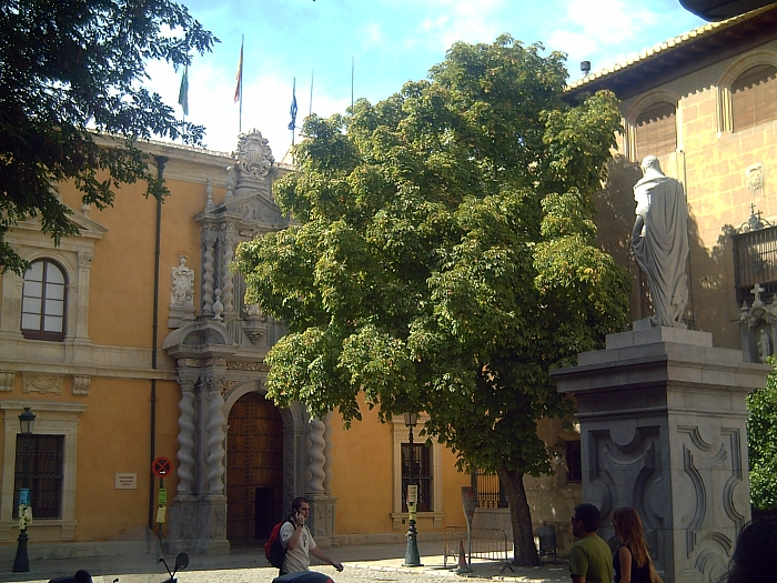 Archivo:UniversidadGranada.jpg