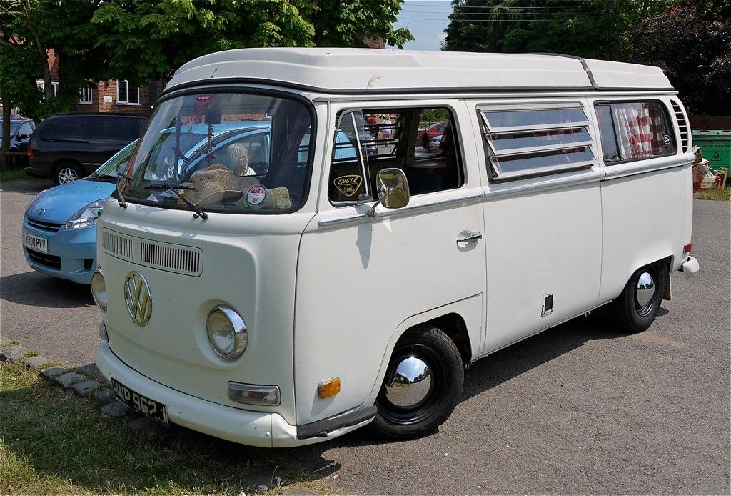 File Volkswagen Caravelle Camper Van Flickr Mick