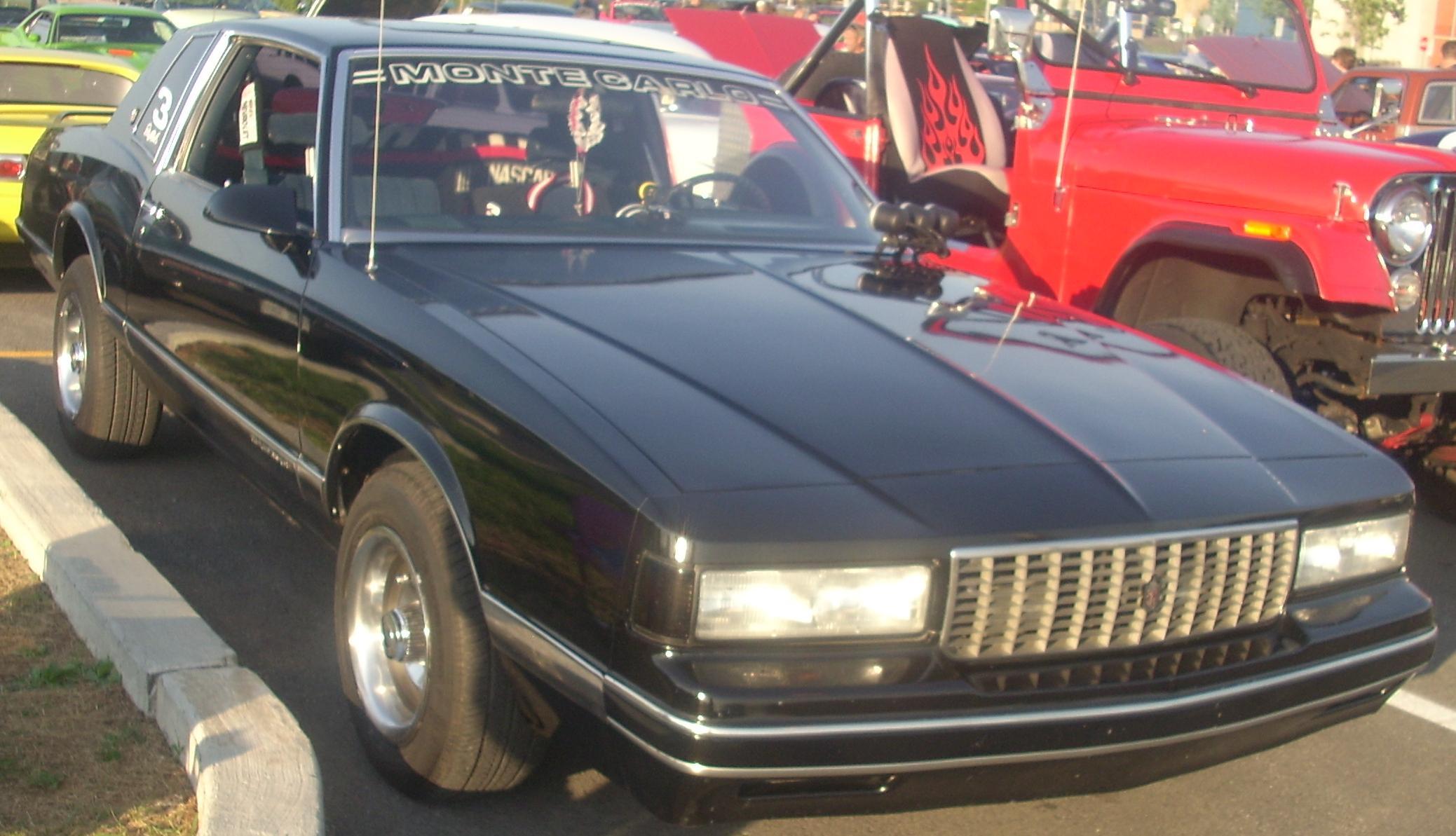 File:'88 Chevrolet Monte Carlo (Centropolis Laval '10).jpg ...