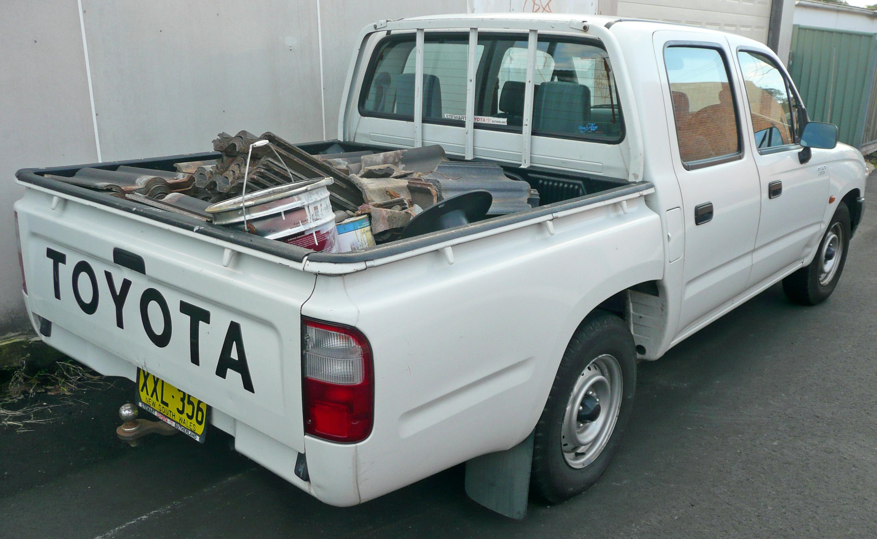 File 2001 2004 Toyota Hilux Rzn149r My02 4 Door Utility