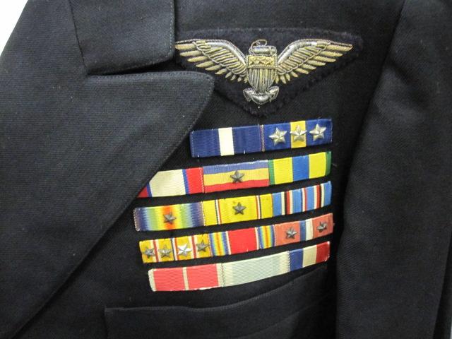 File 2011 148 72 Uniform Service Dress Blue Jacket