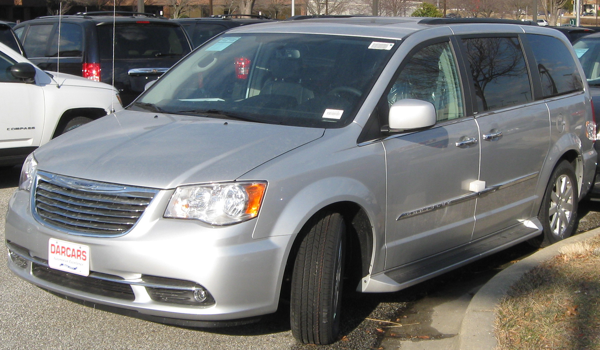 file 2011 chrysler town country 02 14 wikimedia. Cars Review. Best American Auto & Cars Review