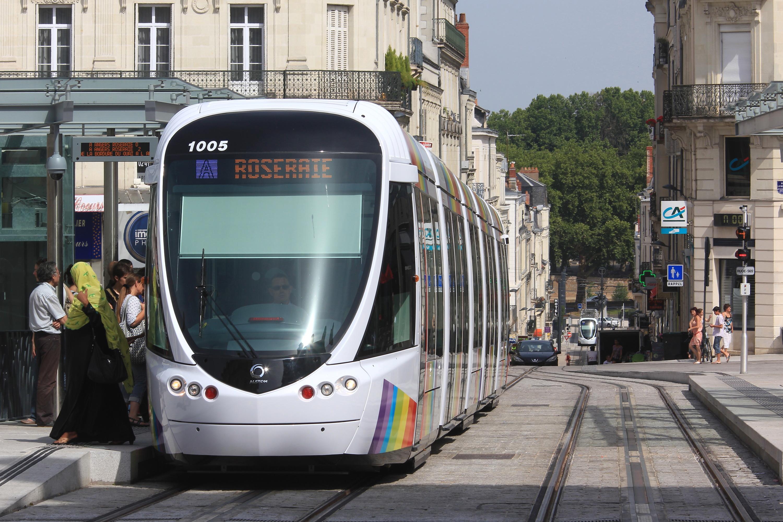 File:7,53 Ralliement Citadis n°1005 (tram Angers) par Cramos