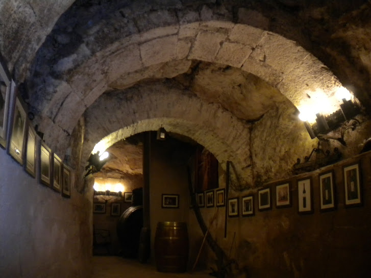 File:An underground wine cave in Aranda de Duero - Spain.jpeg