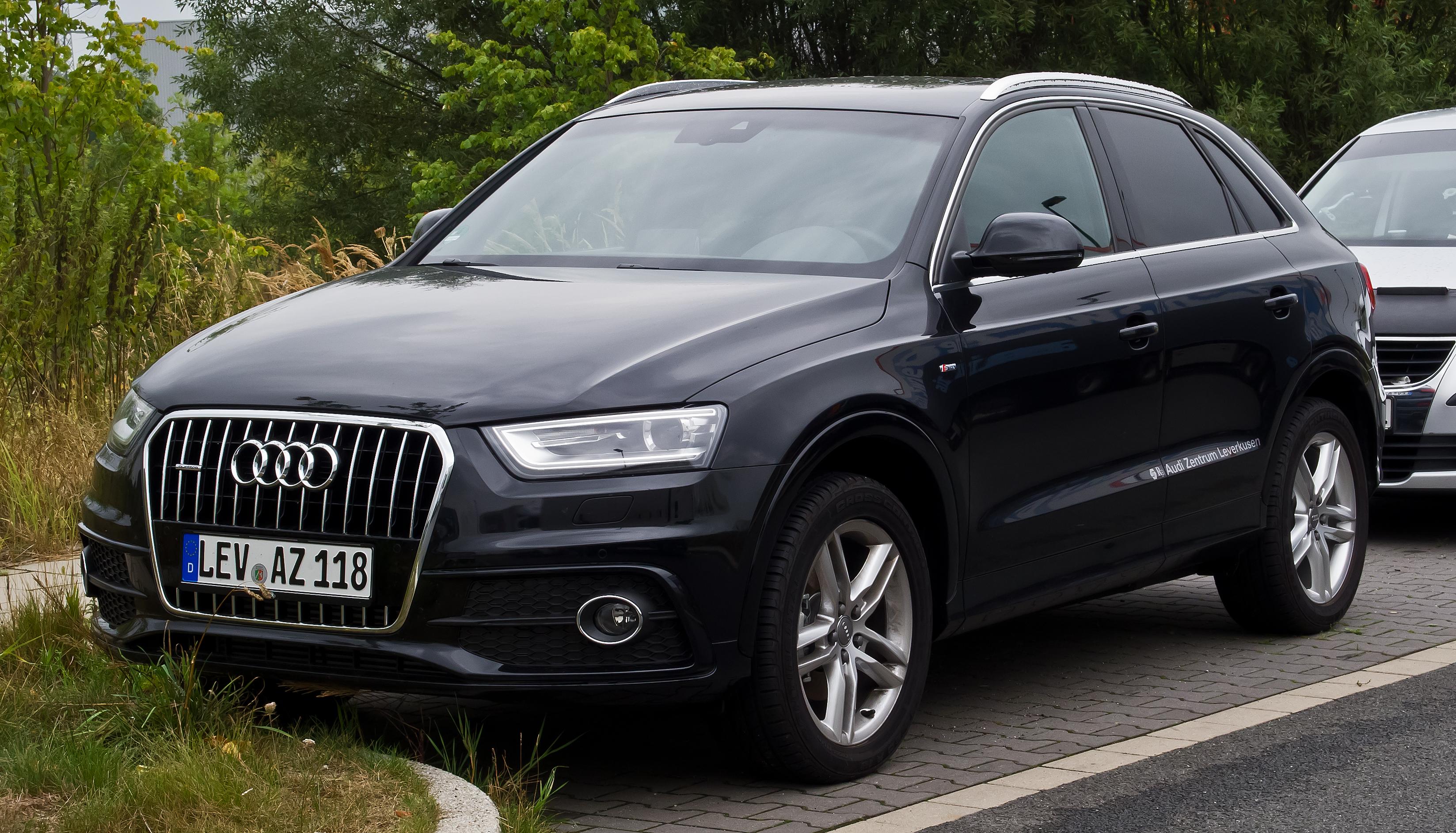 File Audi Q3 S Line Frontansicht 25 August 2013