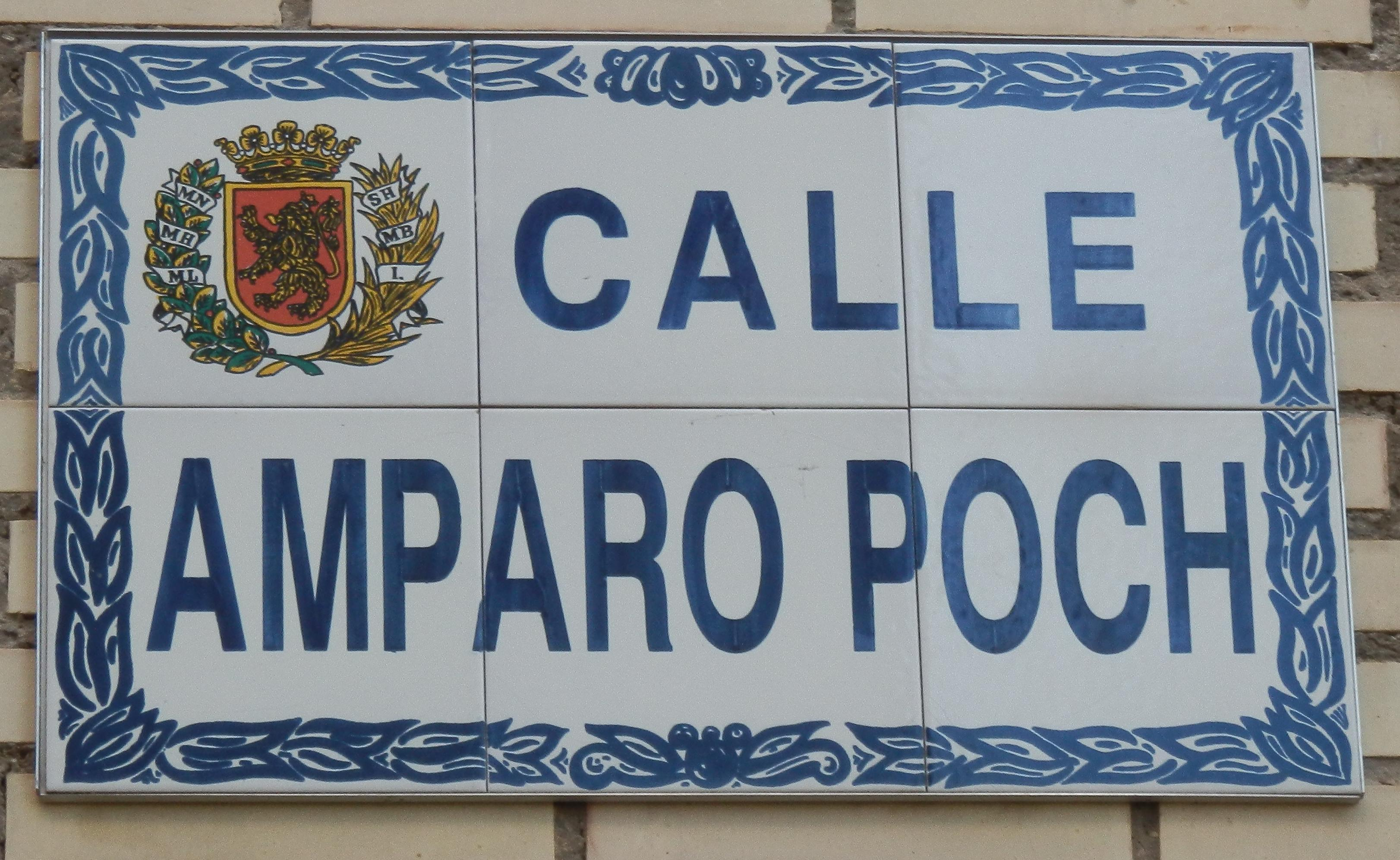 Calle Amparo Poch