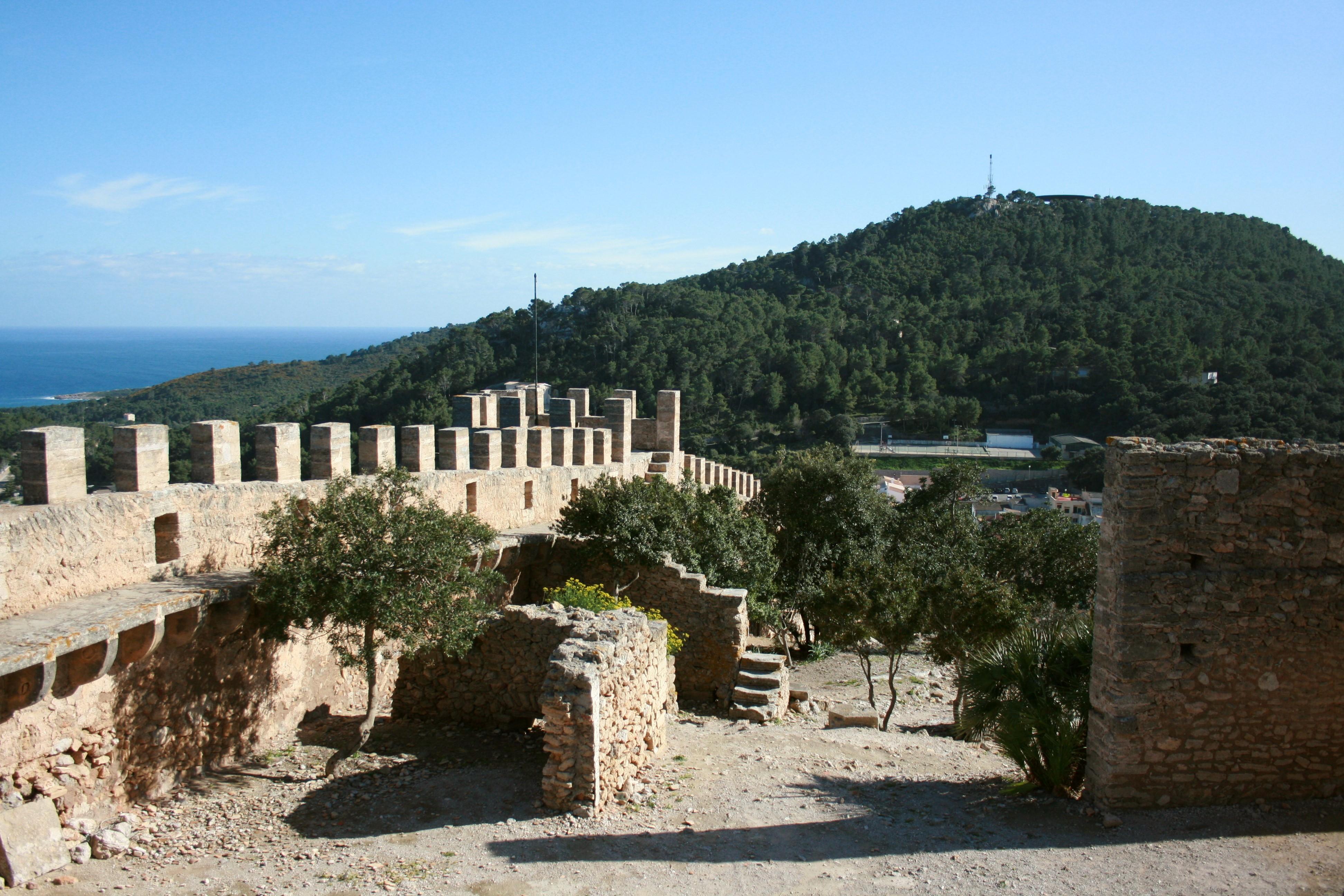 File:Capdepera - Castell de Capdepera 08 ies.jpg - Wikimedia Commons