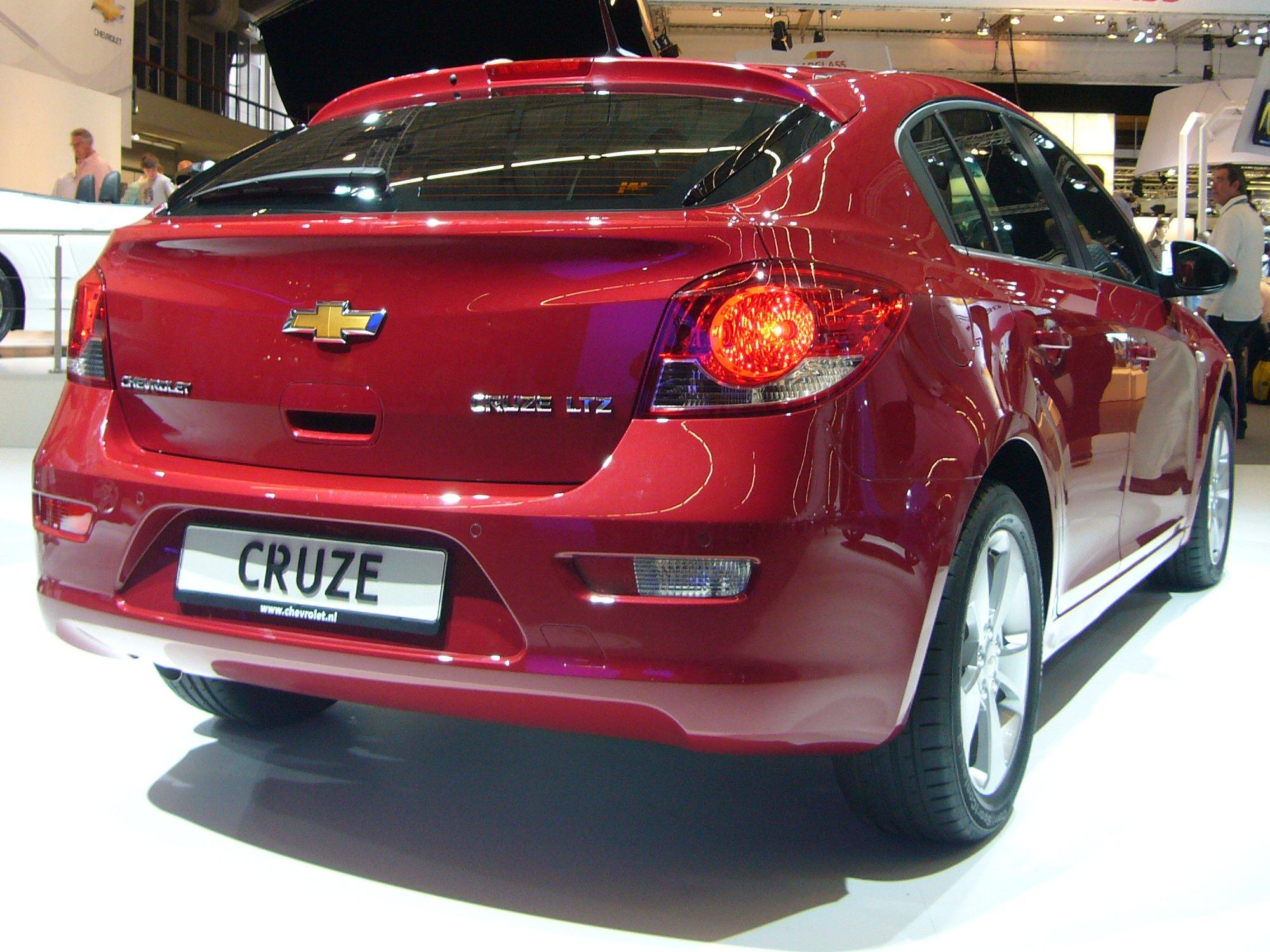 File chevrolet cruze hatchback rear jpg