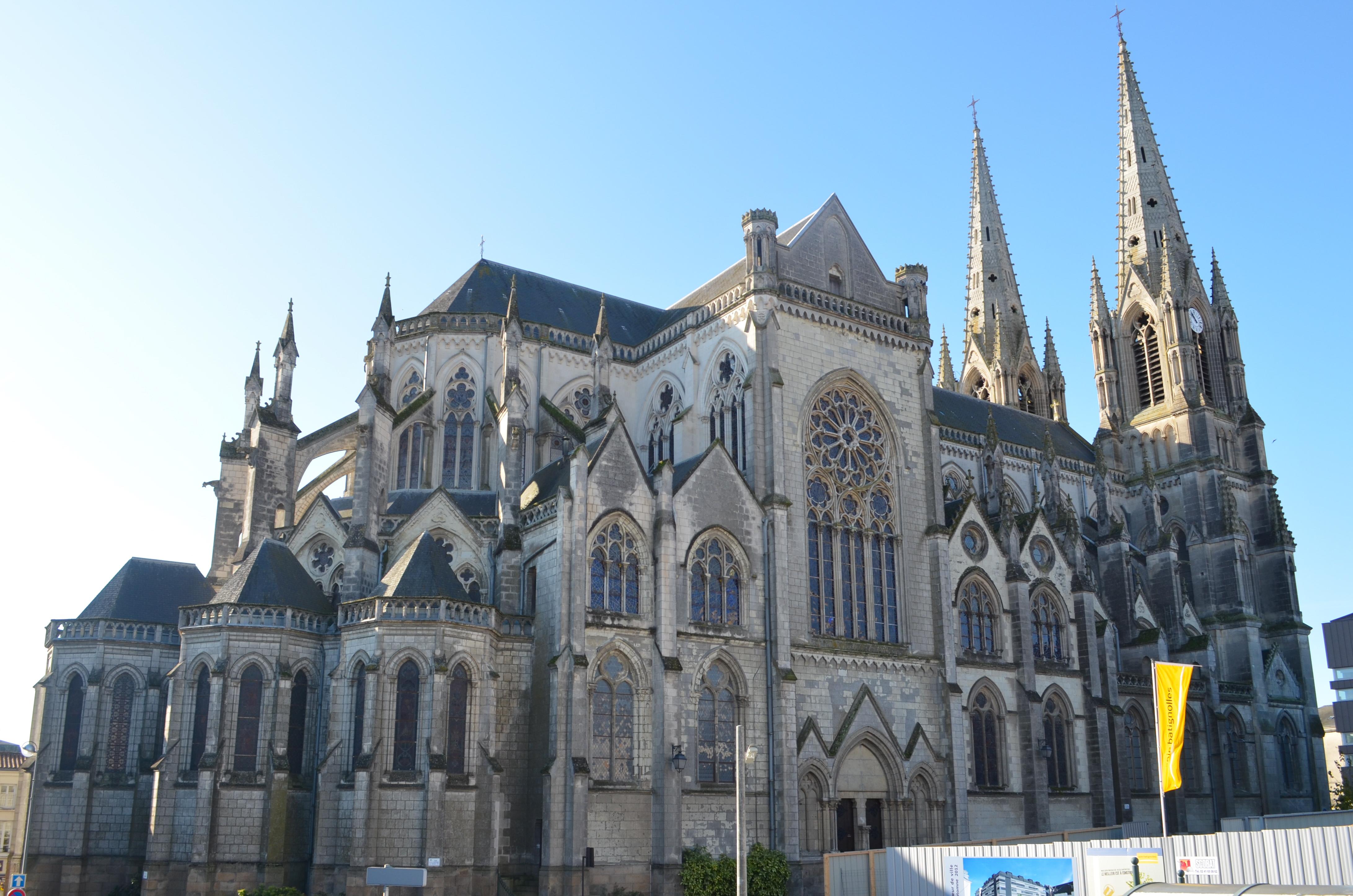Cholet France  city pictures gallery : Fichier:Cholet Église Notre Dame — Wikipédia