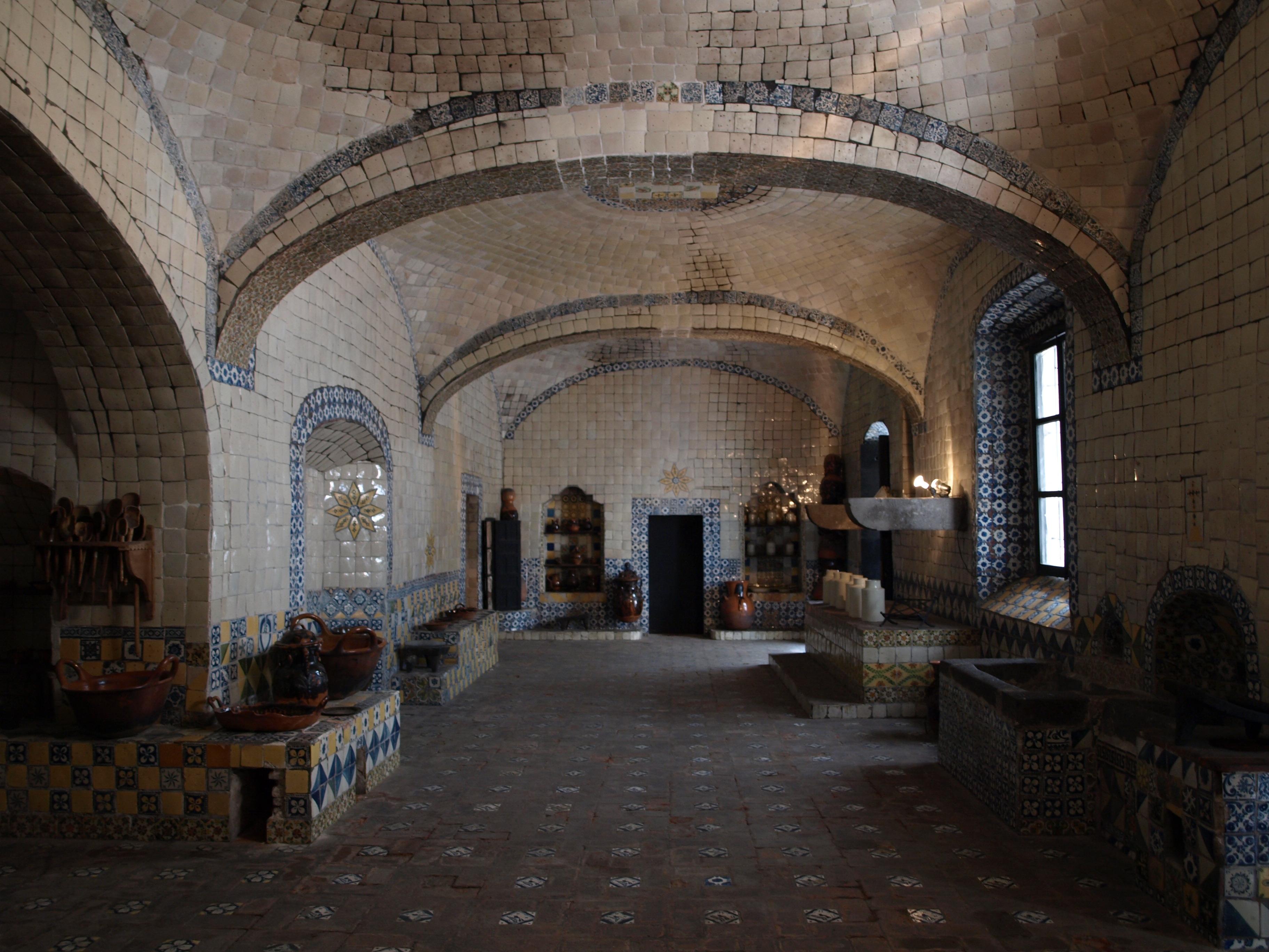 File cocina del convento de santa rosa puebla agosto - Cocinas de pueblo ...