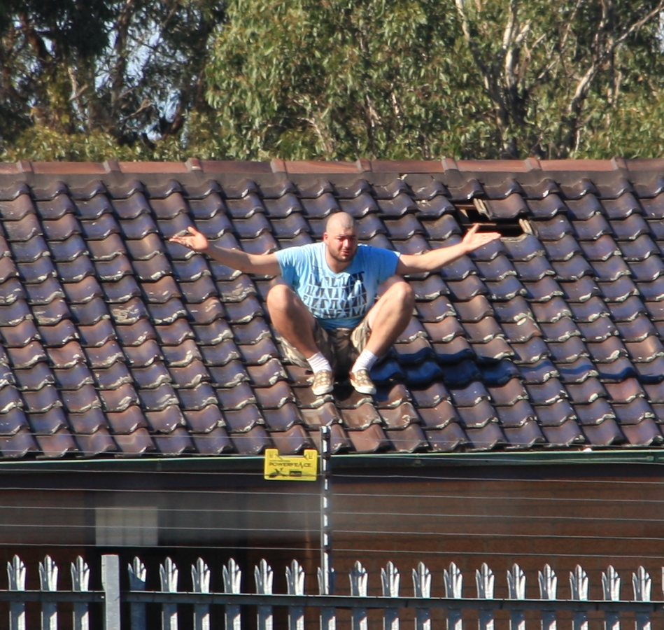File Detainee On Roof Top At The Villawoode Detention Centre Jpg