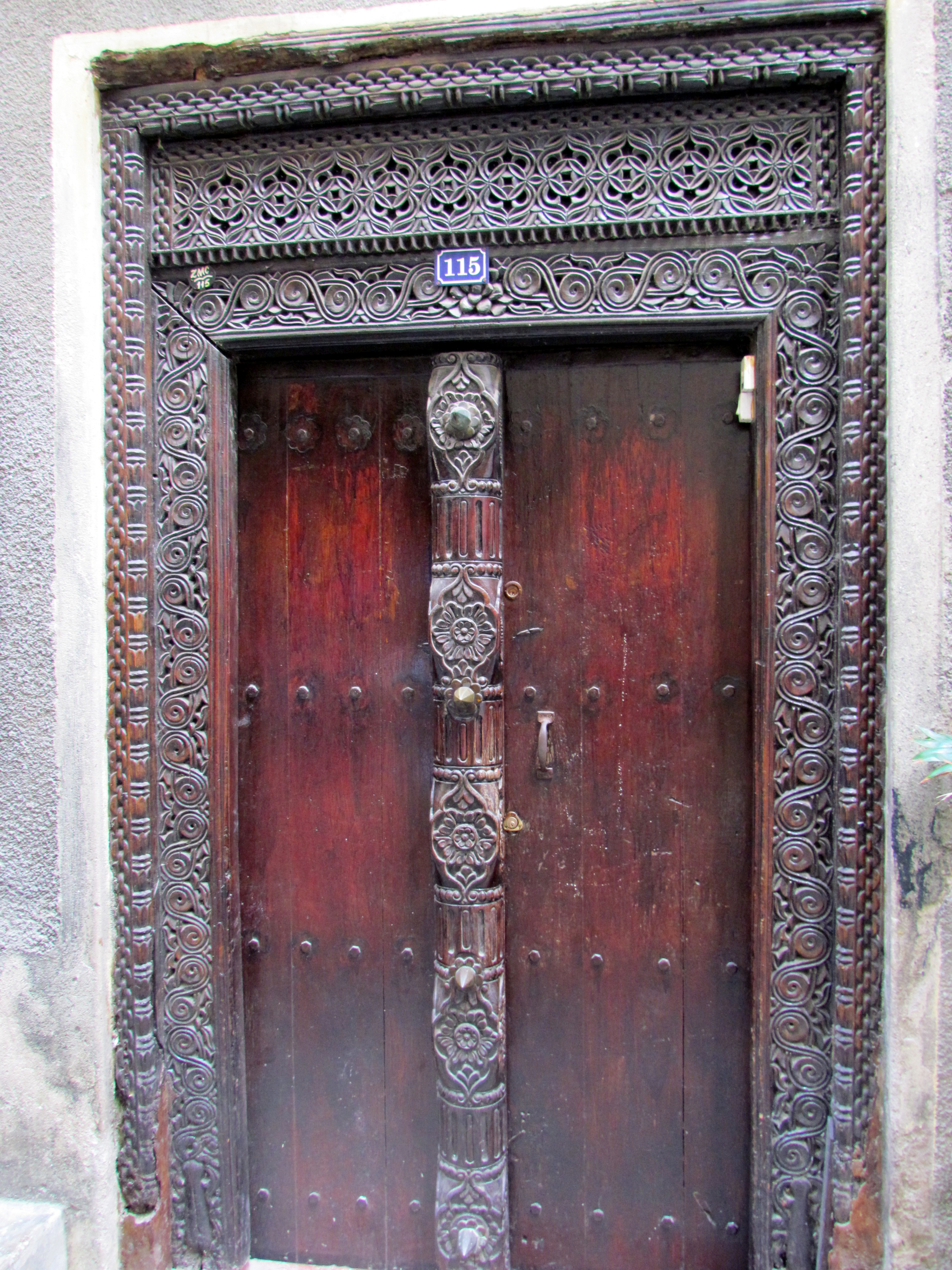 Filedoor Stone Town 5g Wikimedia Commons
