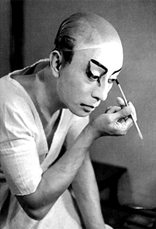 土門拳が撮影した十一代目 市川團十郎「海老さま」(1951年)Wikipediaより