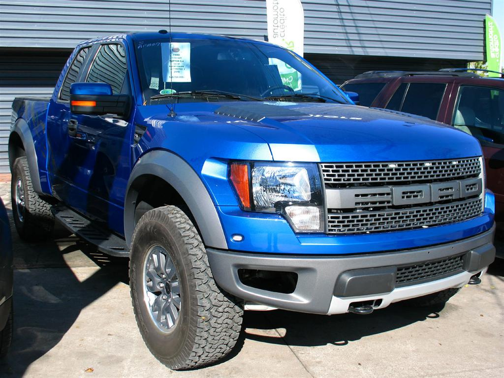 File:Ford F-150 Raptor SVT 2010.jpg - Wikimedia Commons