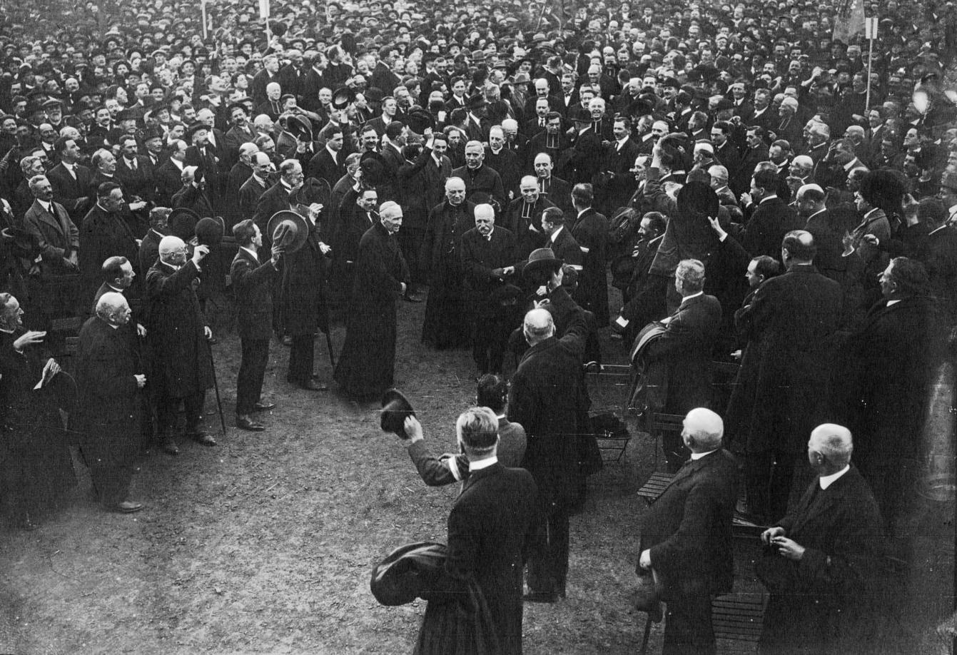 Manifestations de la Fédération nationale catholique — Wikipédia