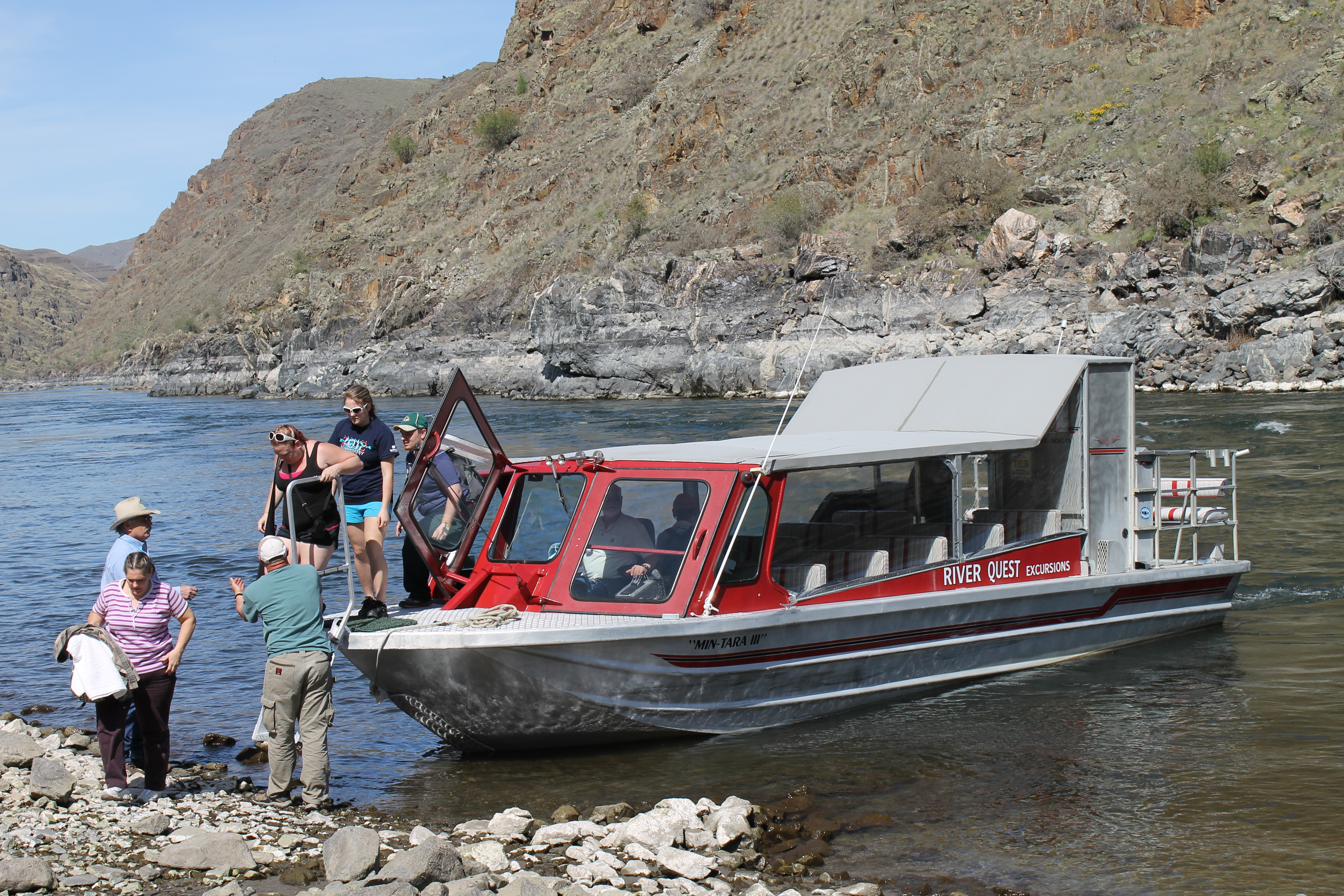 File Group Exiting Jet Boat In Hells Canyon Wallowa Whitman